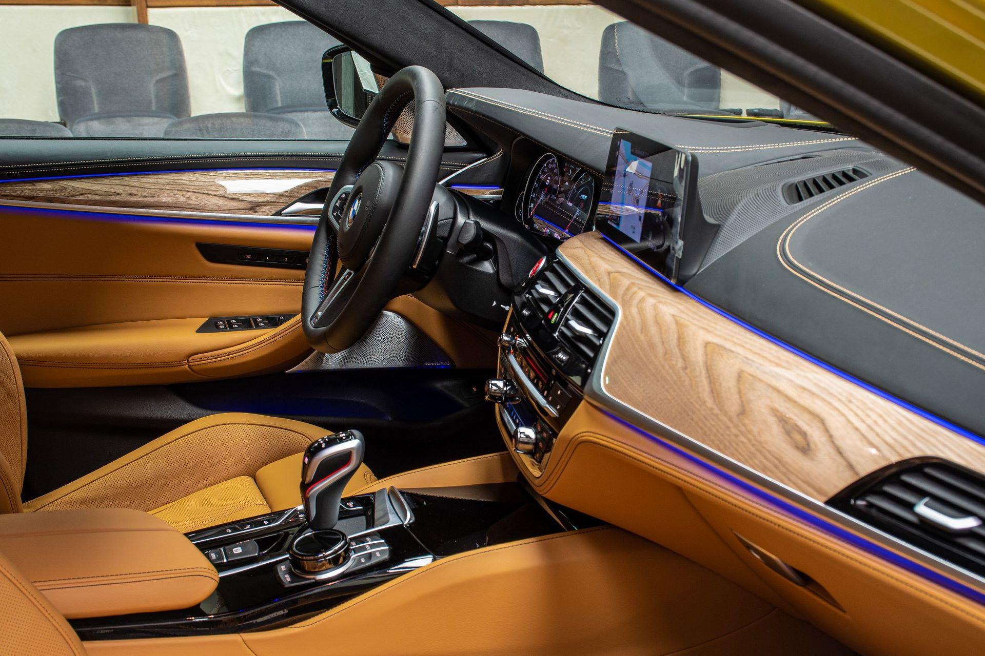 BMW-M5-Competition-Austin-Yellow-Abu-Dhabi-Motors-7