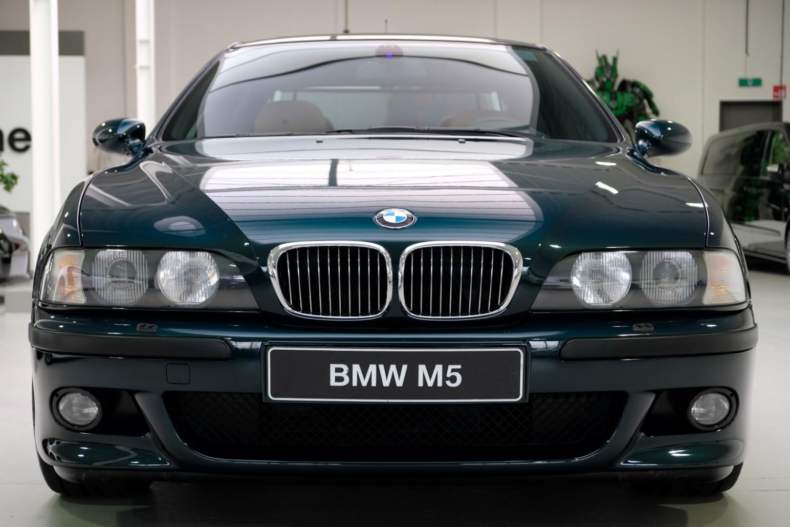 BMW-M5-E39-1999-for-sale-10