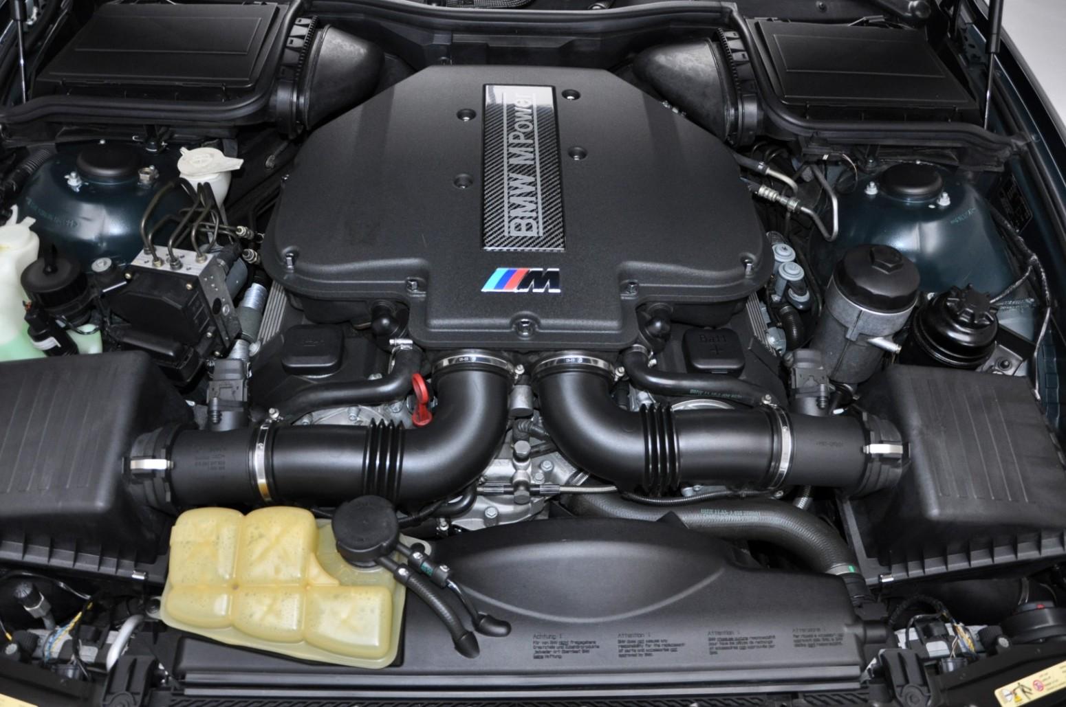 BMW-M5-E39-1999-for-sale-36