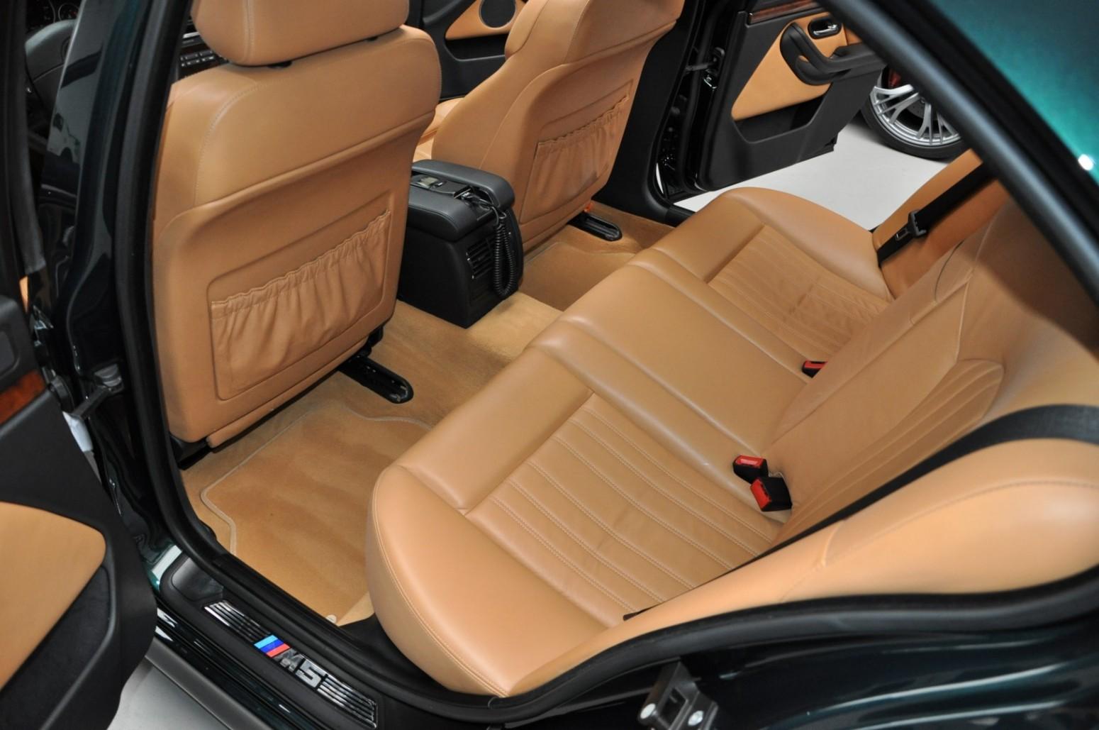 BMW-M5-E39-1999-for-sale-37