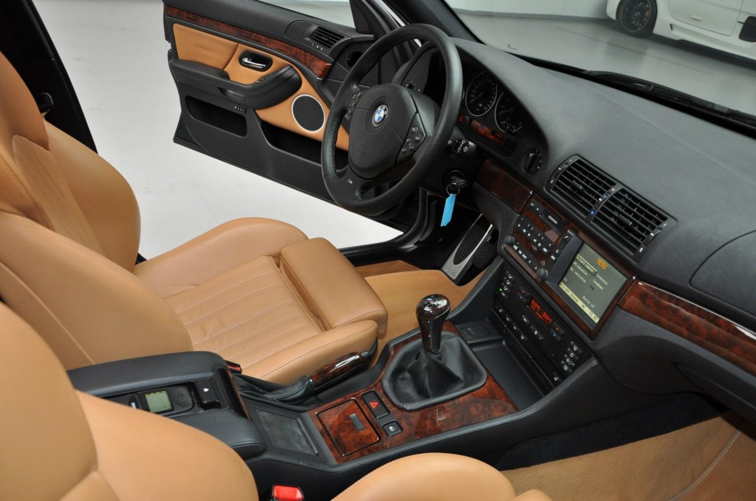 BMW-M5-E39-1999-for-sale-53
