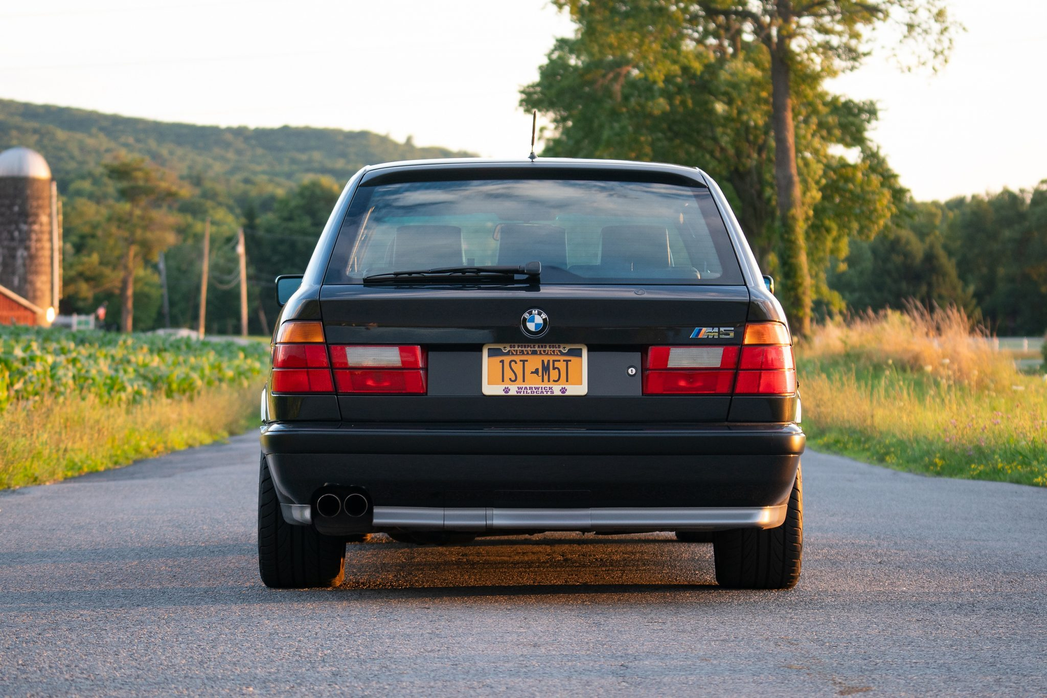 1992_BMW_M5_Touring_sale_0005