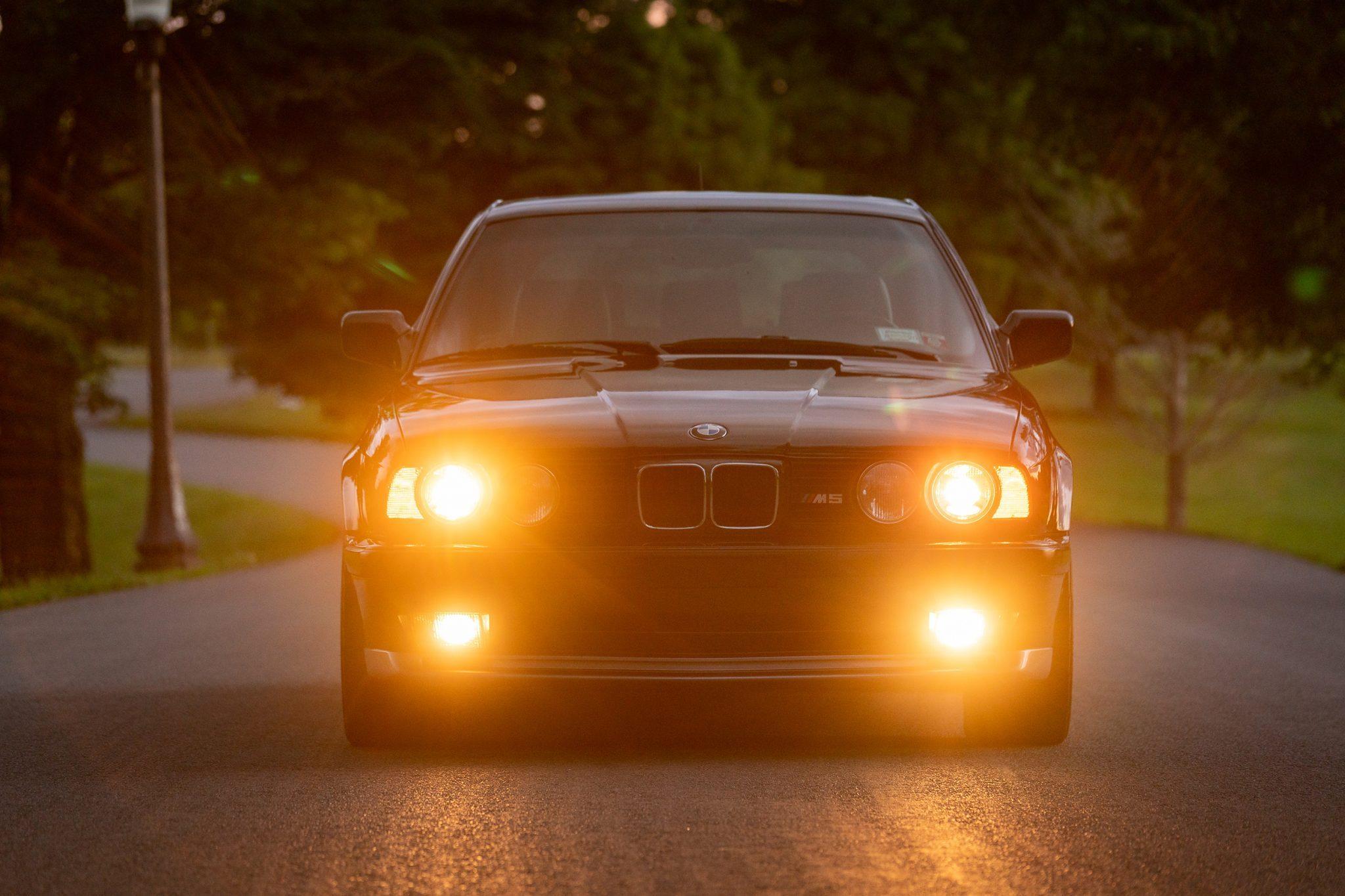 1992_BMW_M5_Touring_sale_0009