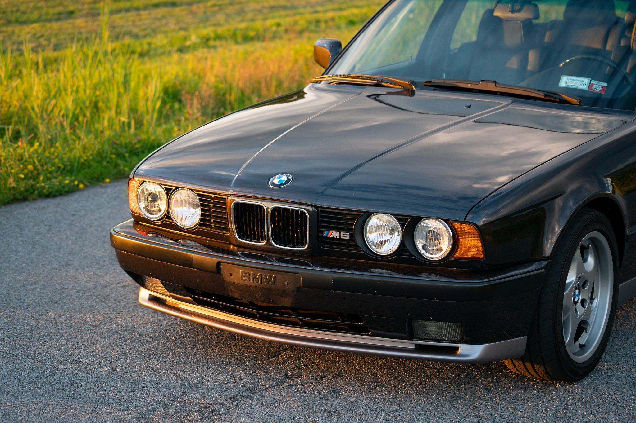 1992_BMW_M5_Touring_sale_0010