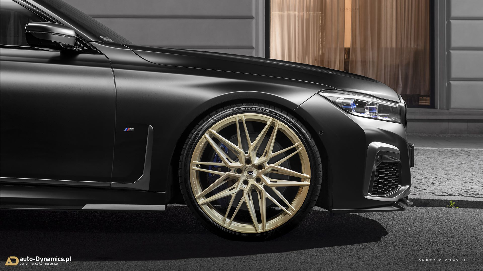 BMW-M760Li-by-Auto-Dynamics-10