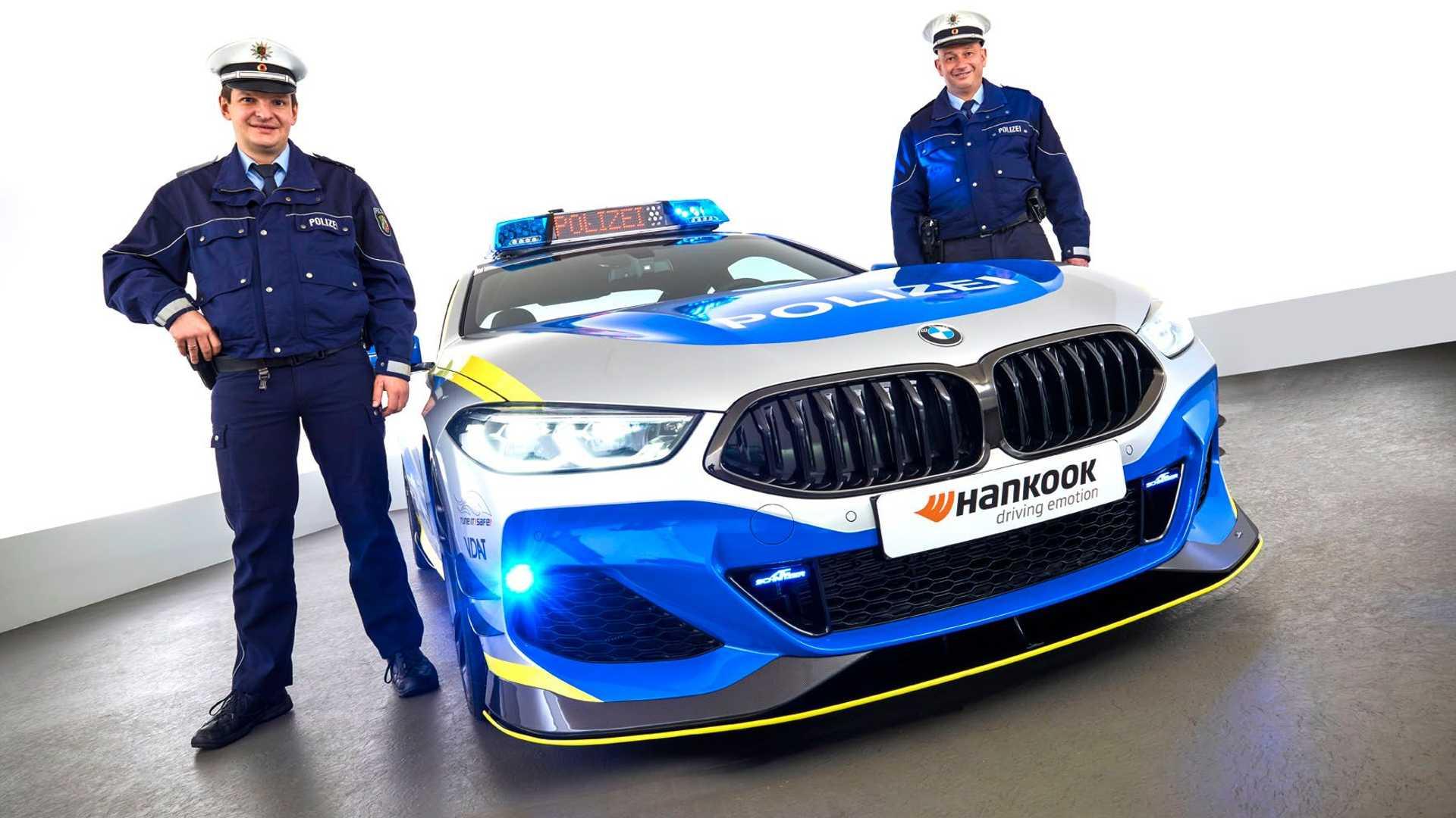 BMW-M850i-police-car-tune-it-safe-1