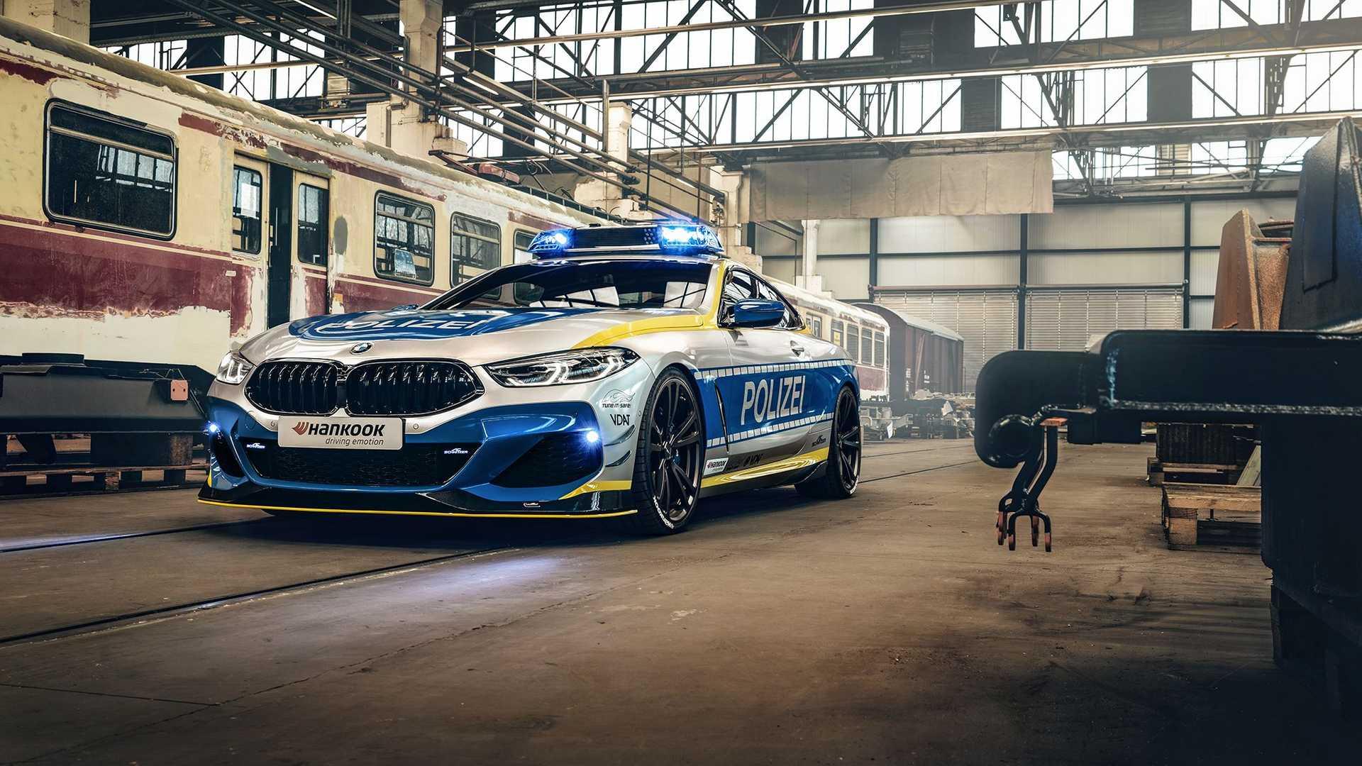 BMW-M850i-police-car-tune-it-safe-11