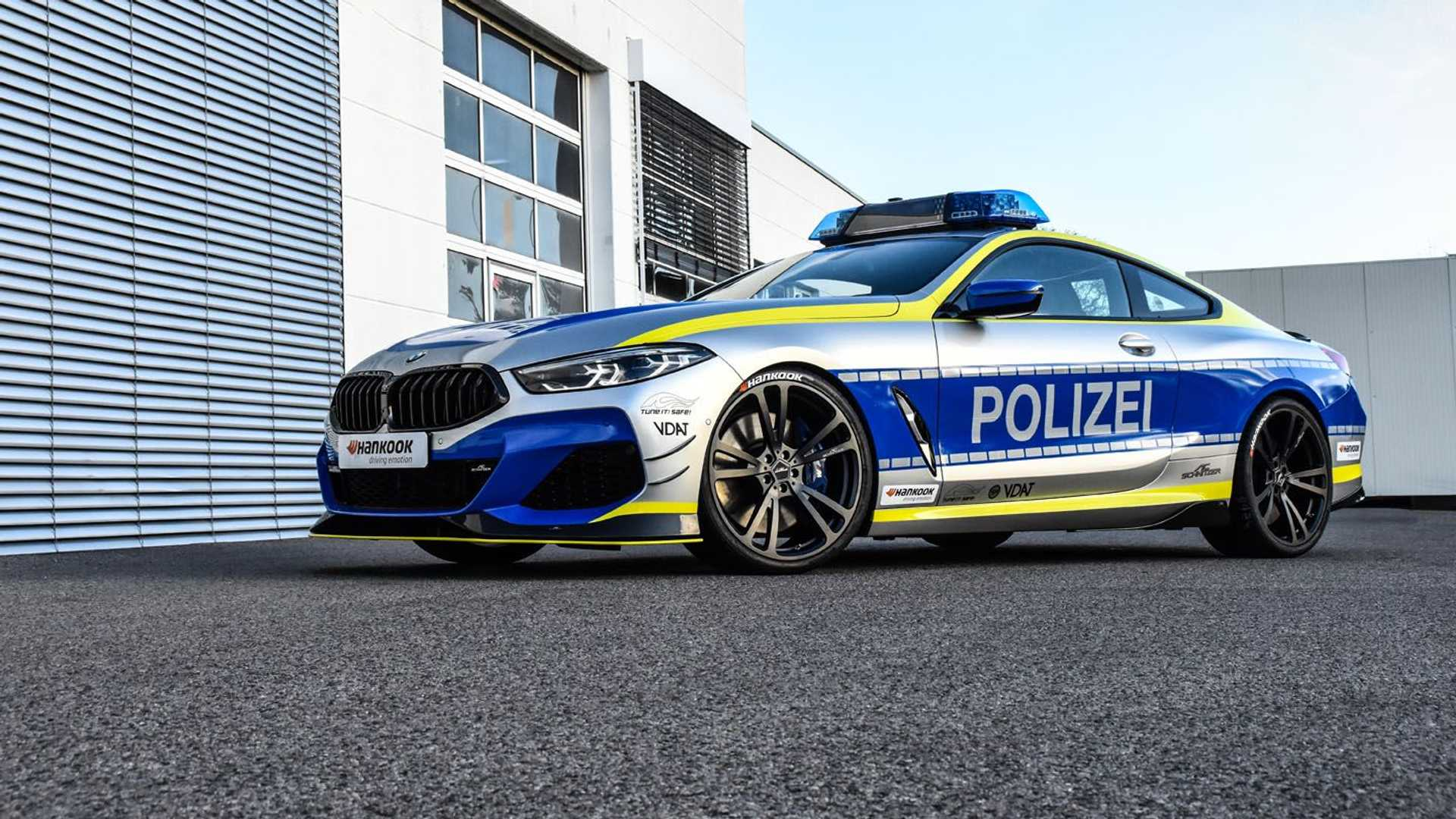 BMW-M850i-police-car-tune-it-safe-13