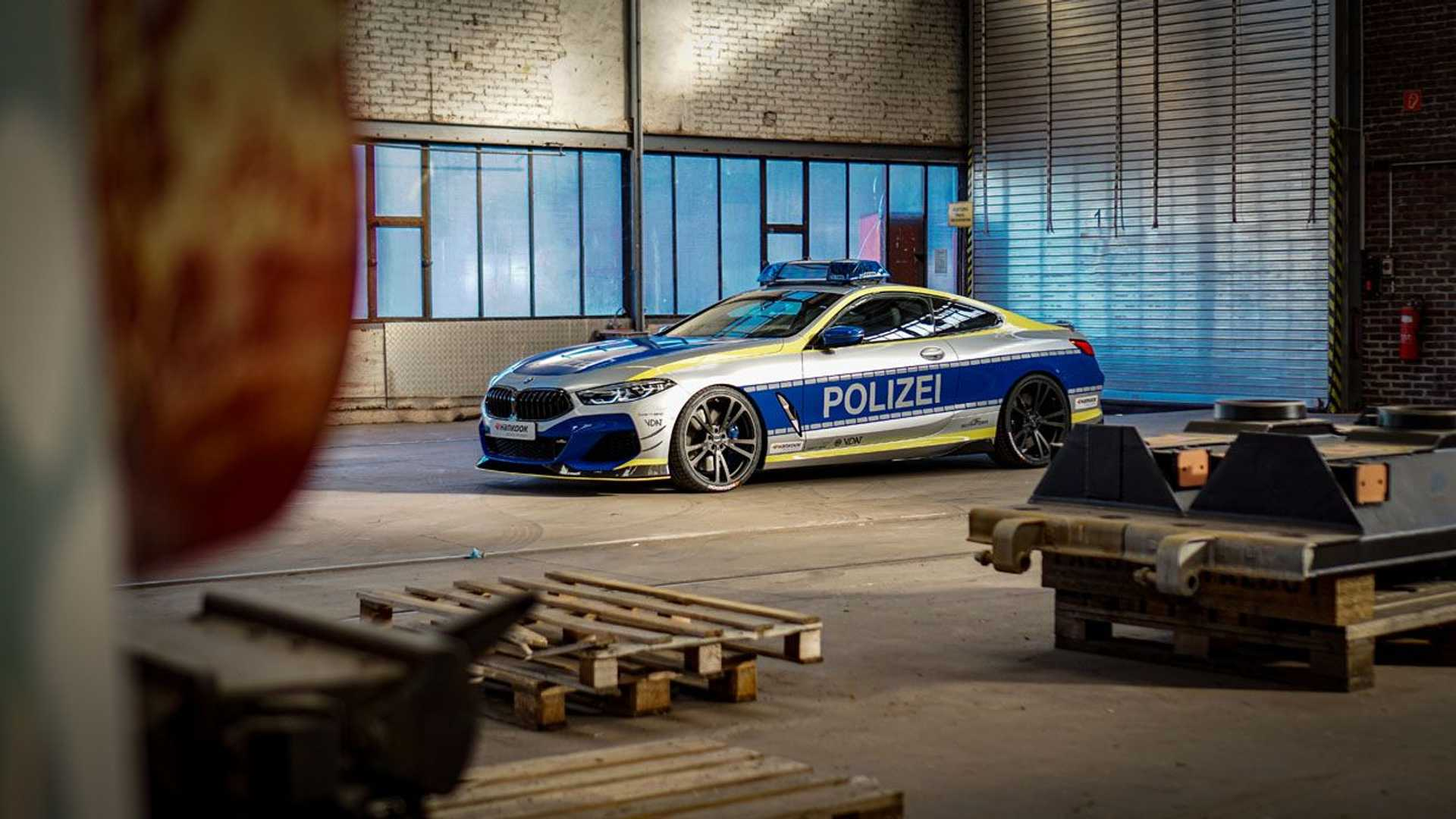 BMW-M850i-police-car-tune-it-safe-18