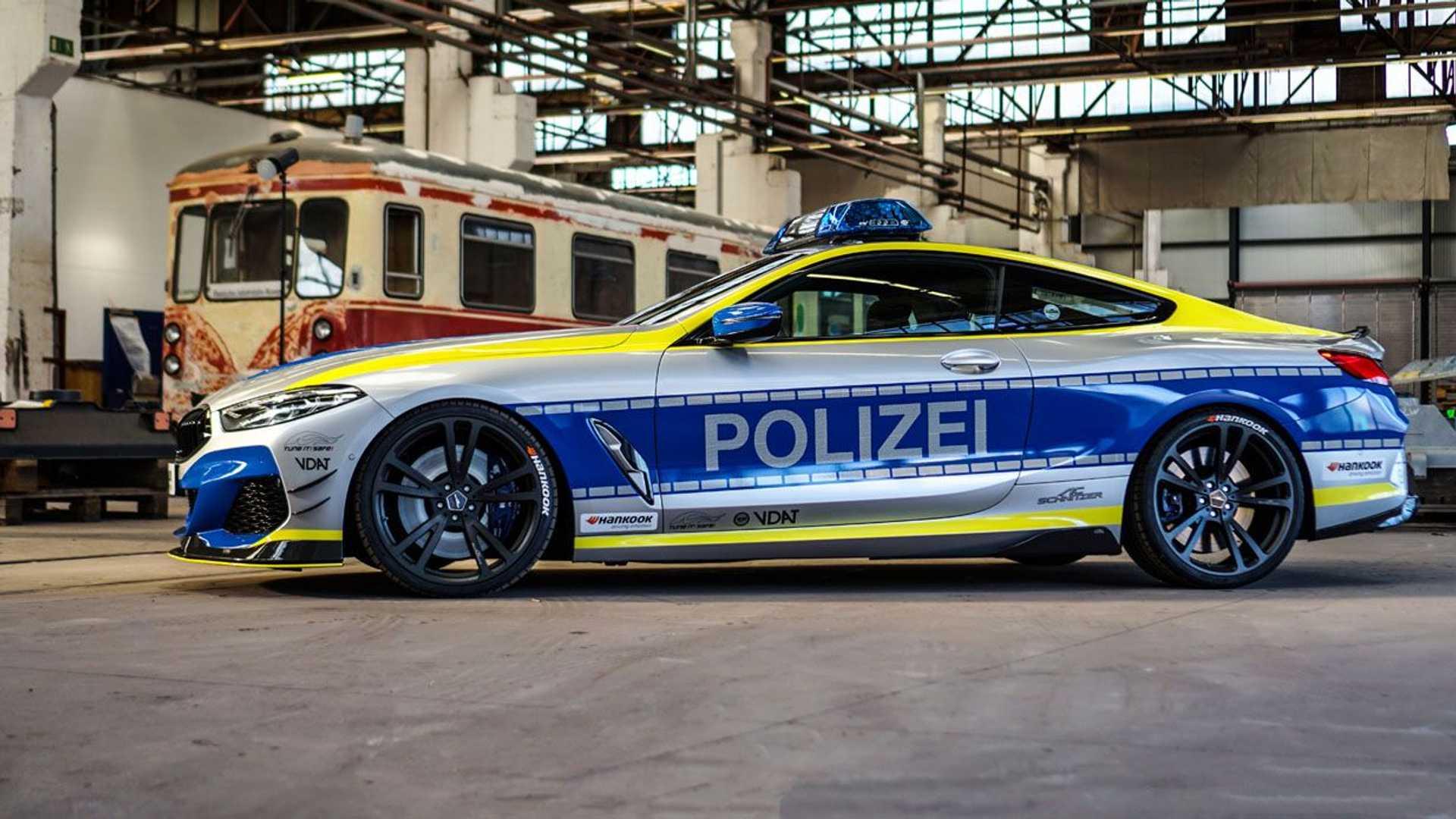 BMW-M850i-police-car-tune-it-safe-22
