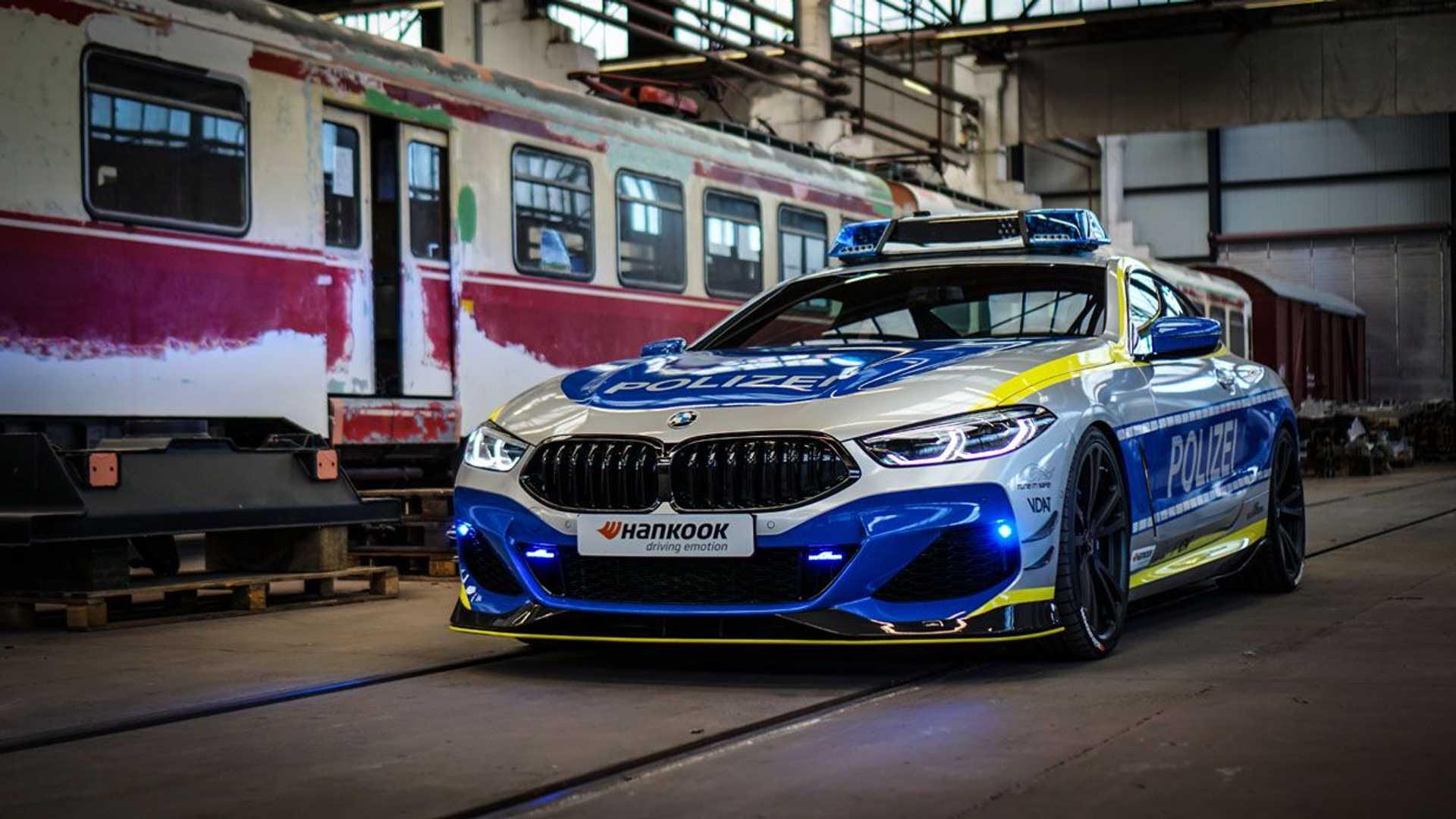 BMW-M850i-police-car-tune-it-safe-6