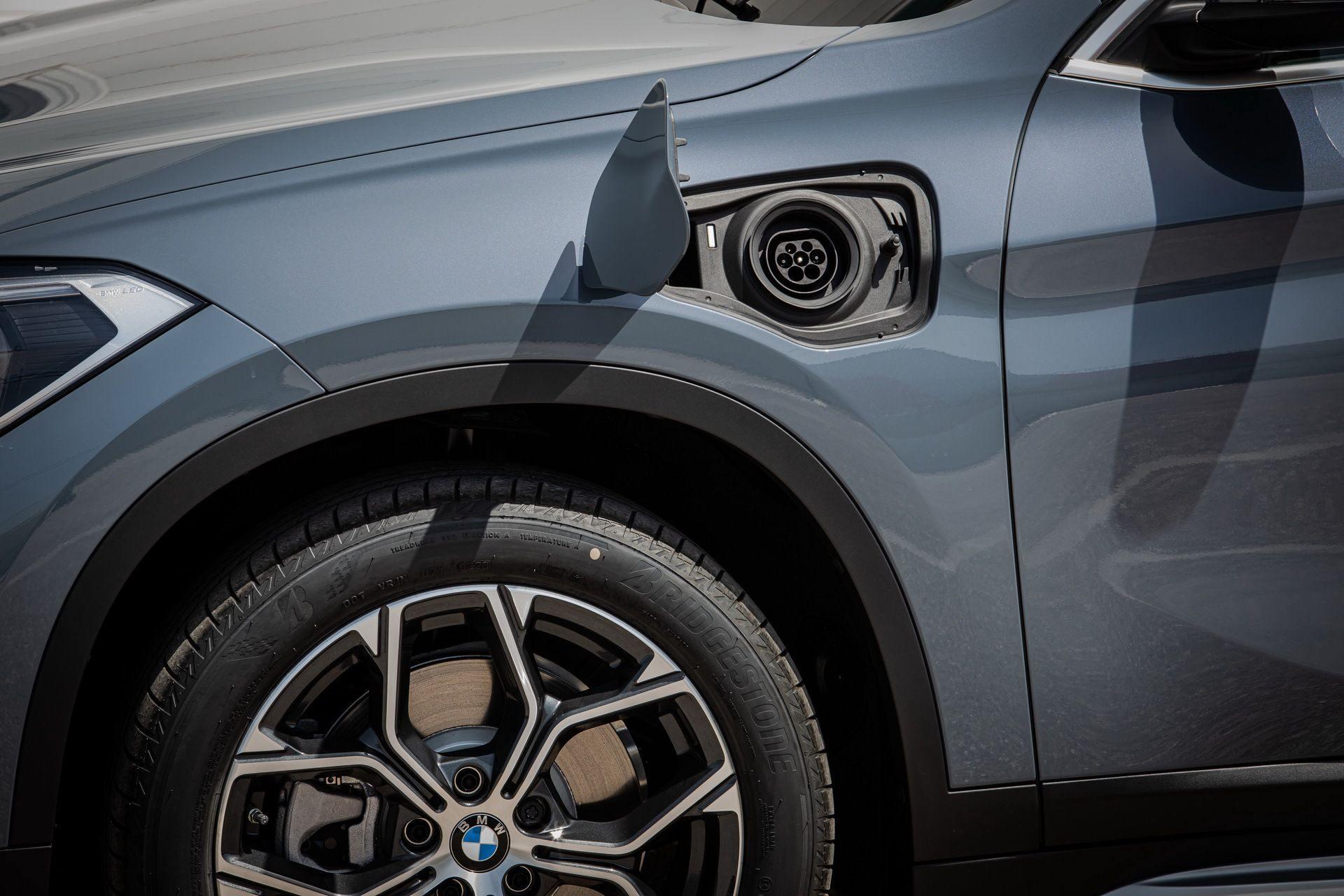 BMW_X1_xDrive25e_Greek_0015