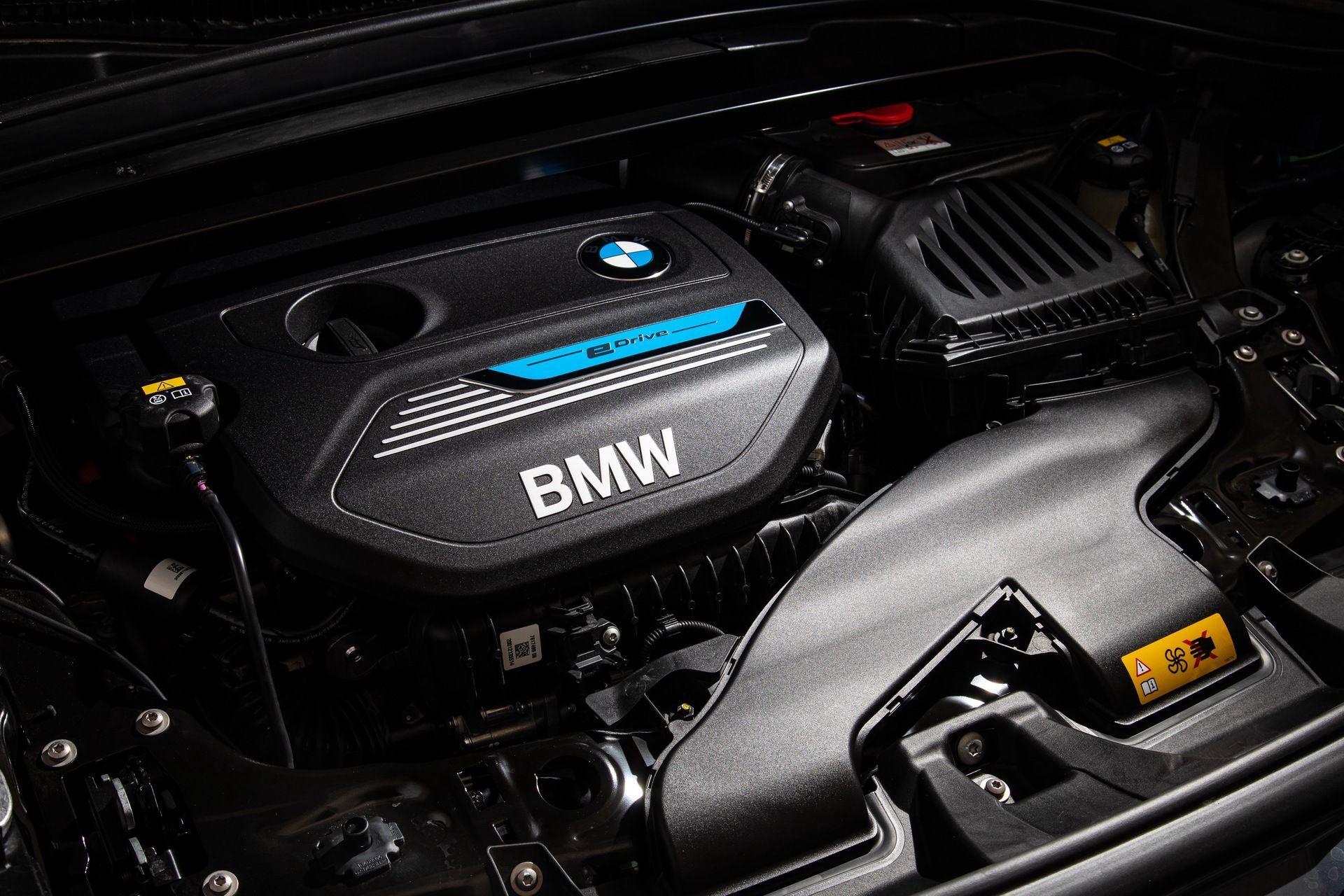 BMW_X1_xDrive25e_Greek_0039