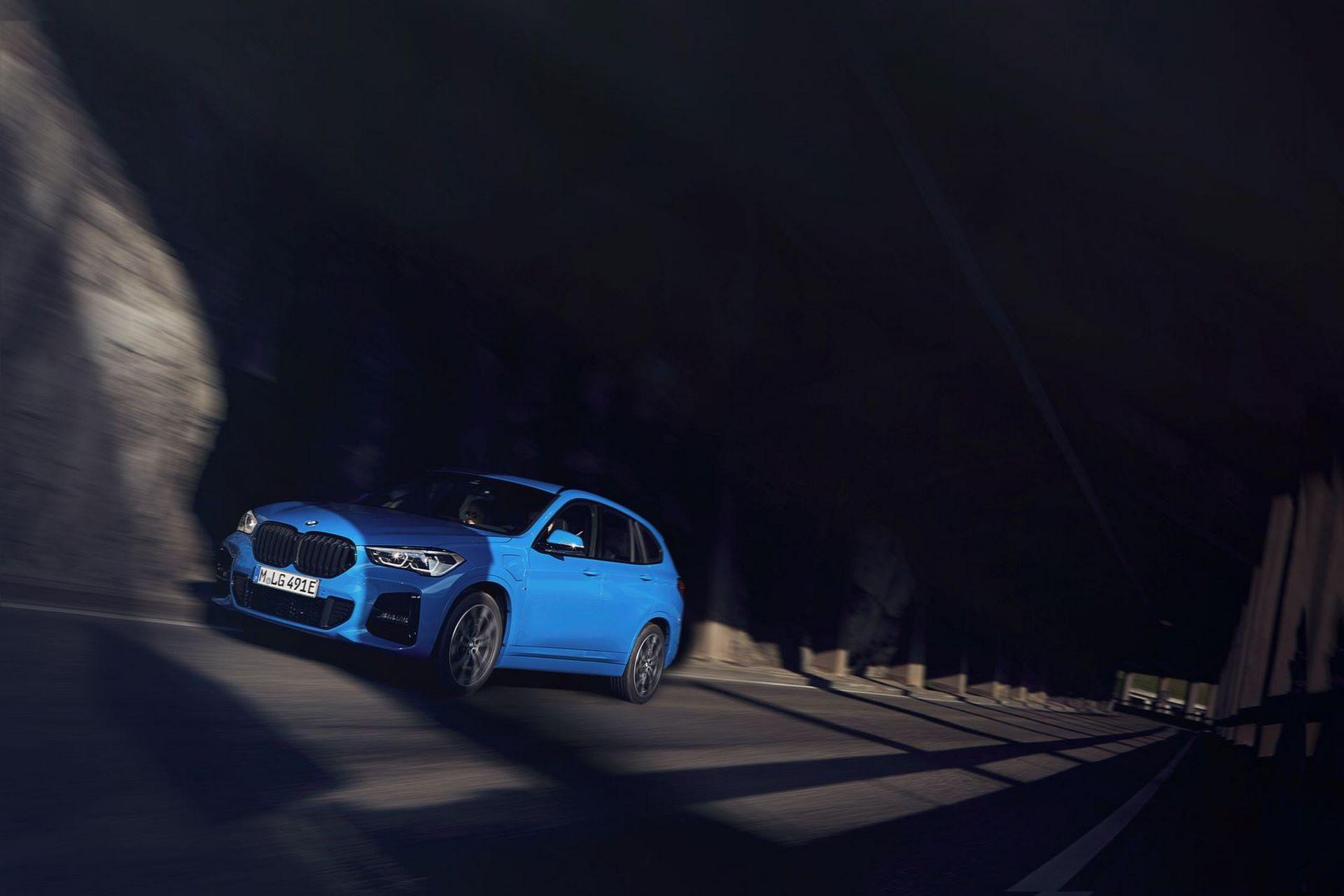 BMW-X2-xDrive25e-3