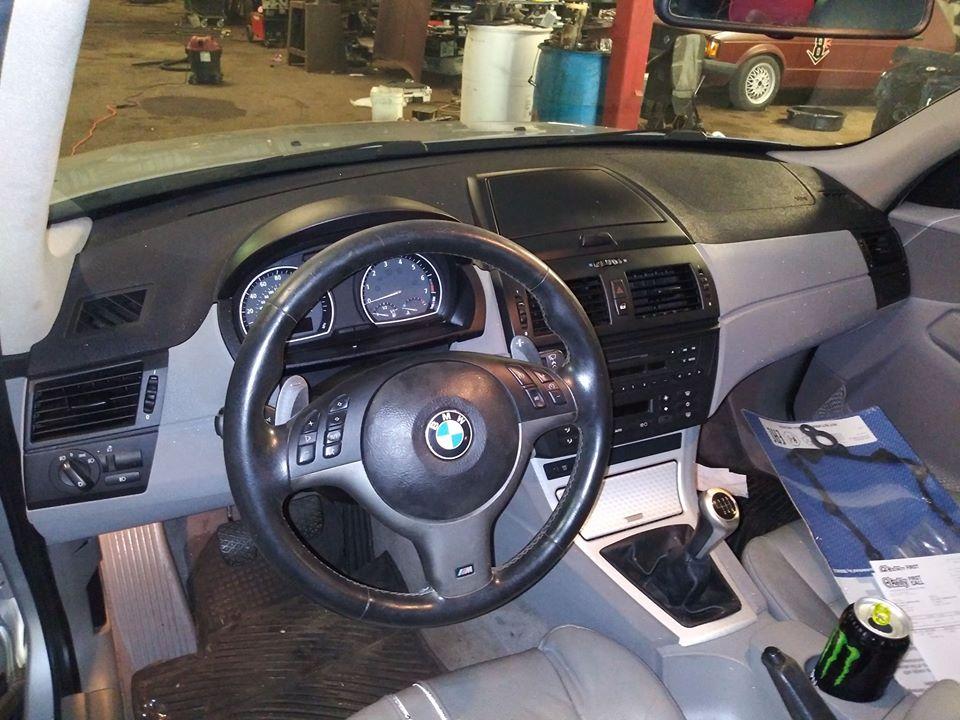 BMW_X3_with_M3_engine_0008