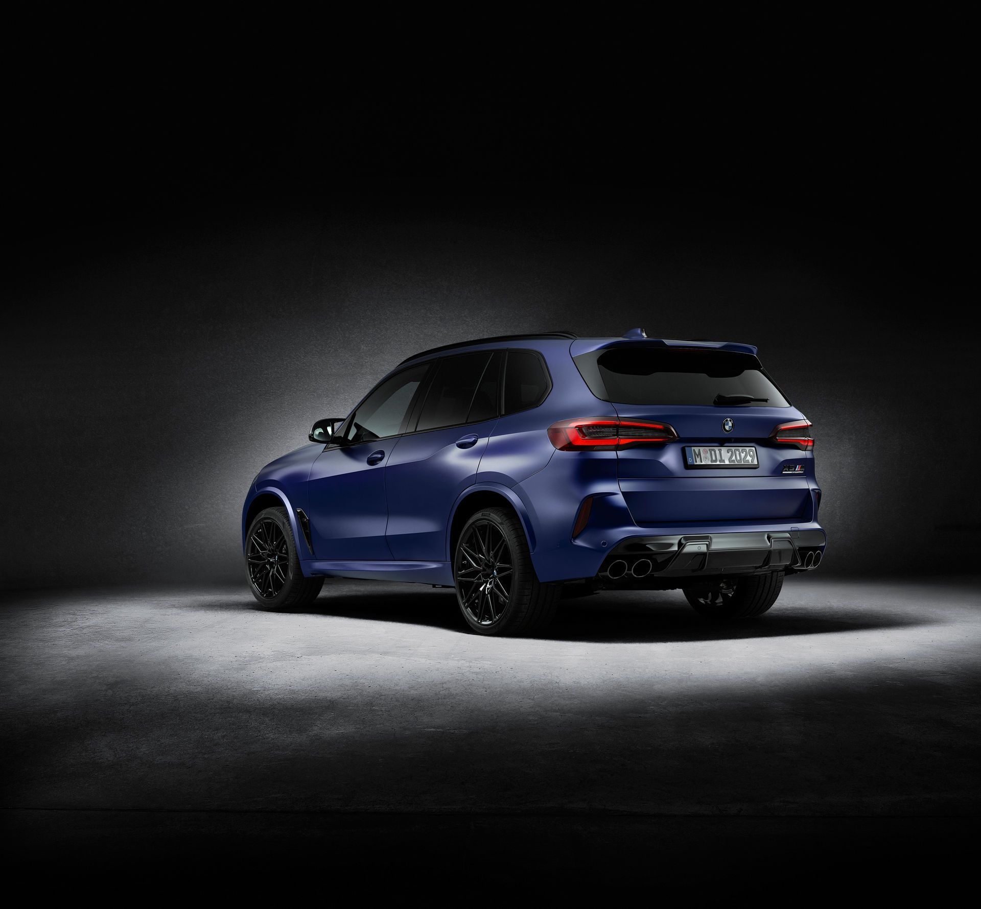 BMW-X5-M-X6-M-Competition-First-Editions-5