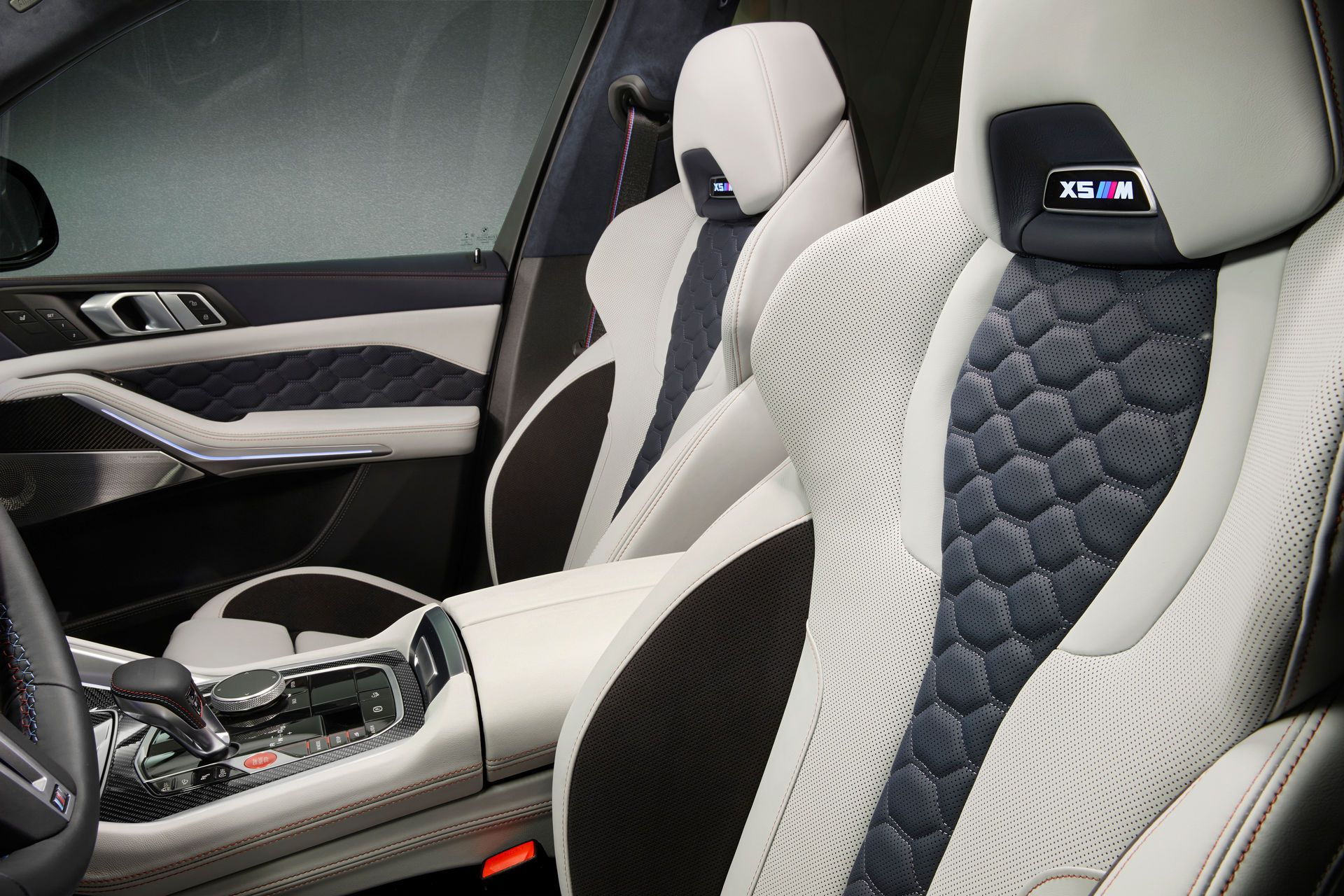 BMW-X5-M-X6-M-Competition-First-Editions-6