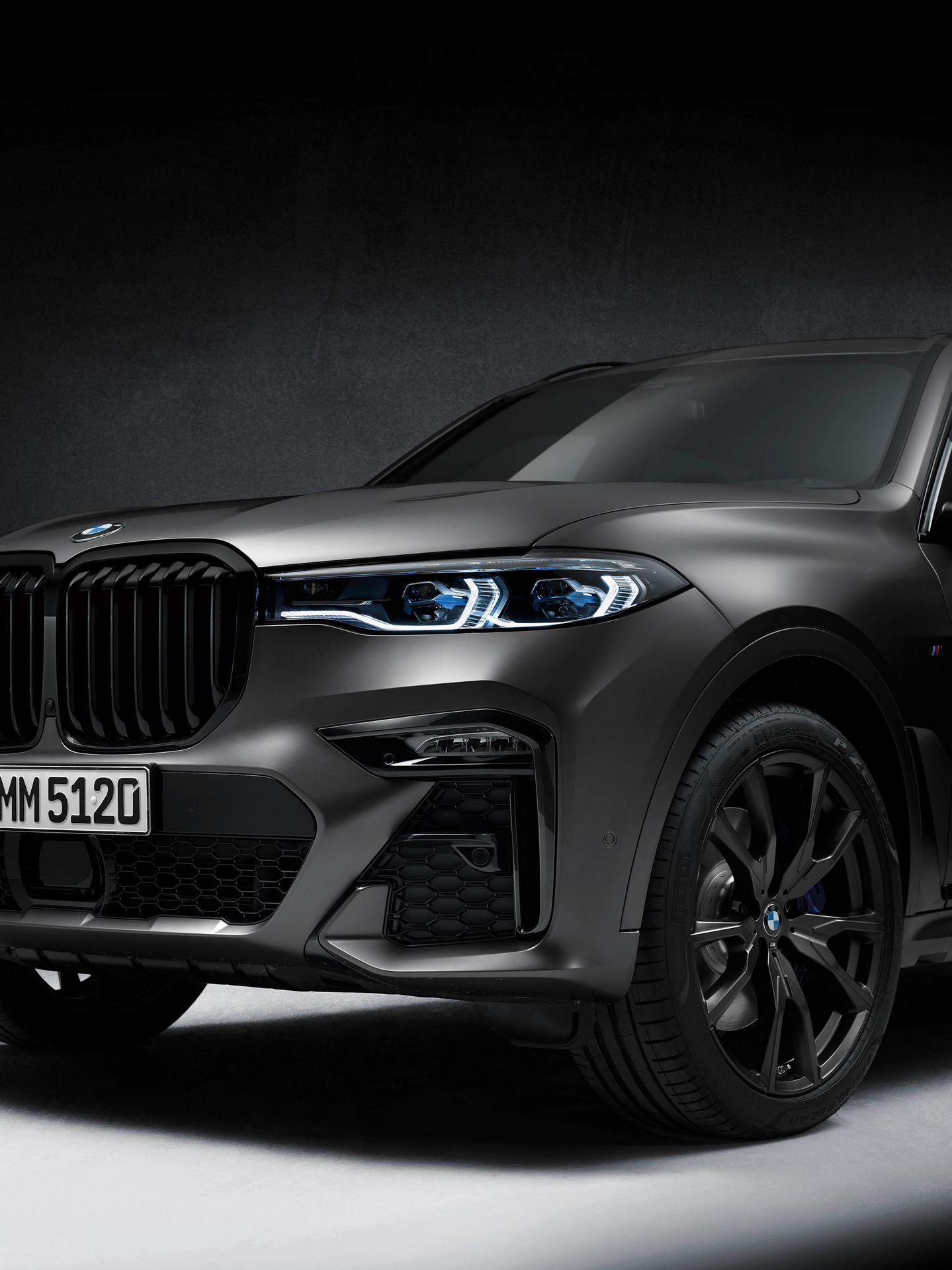 BMW-X7-Dark-Shadow-Edition-13