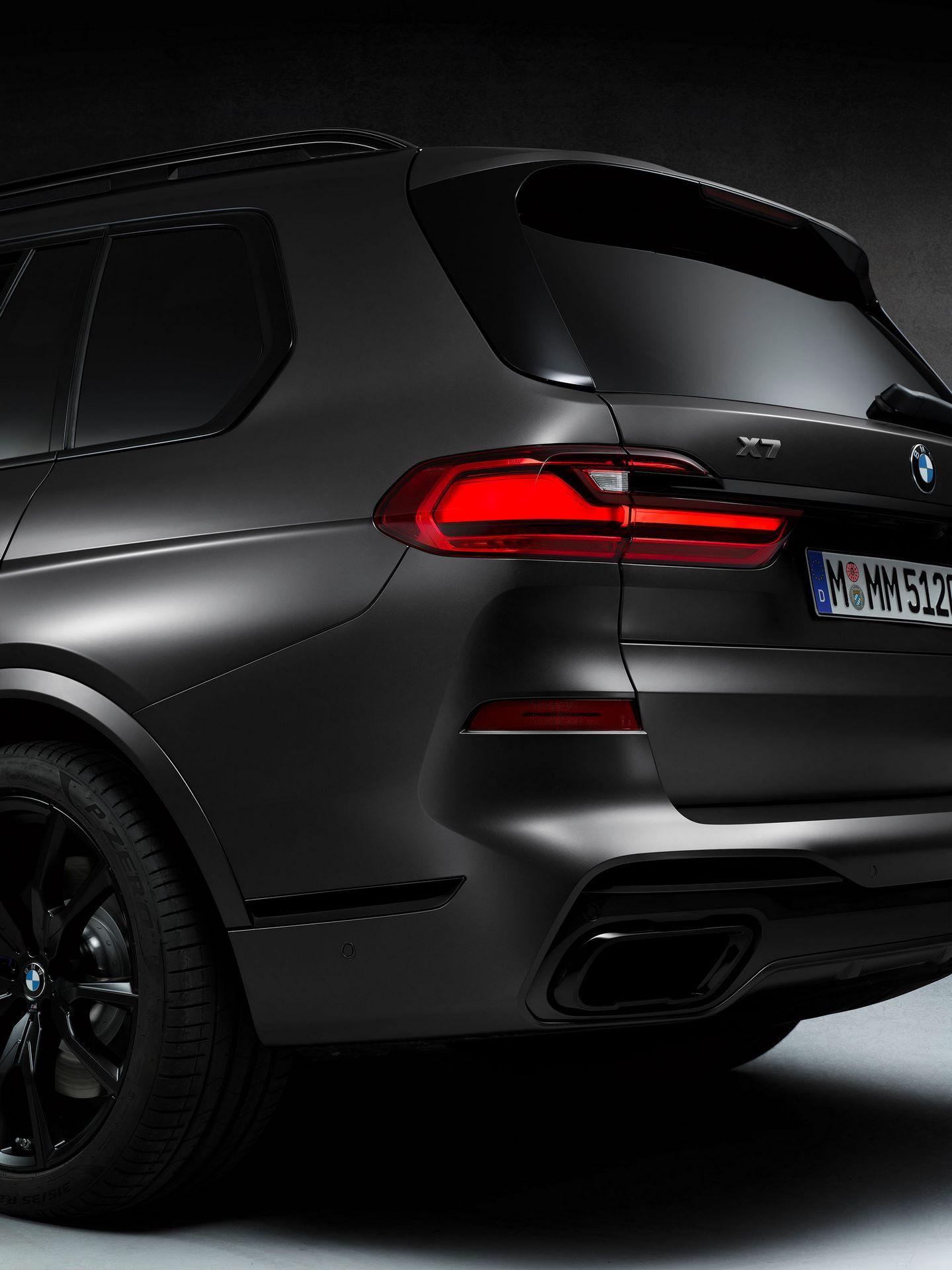 BMW-X7-Dark-Shadow-Edition-14