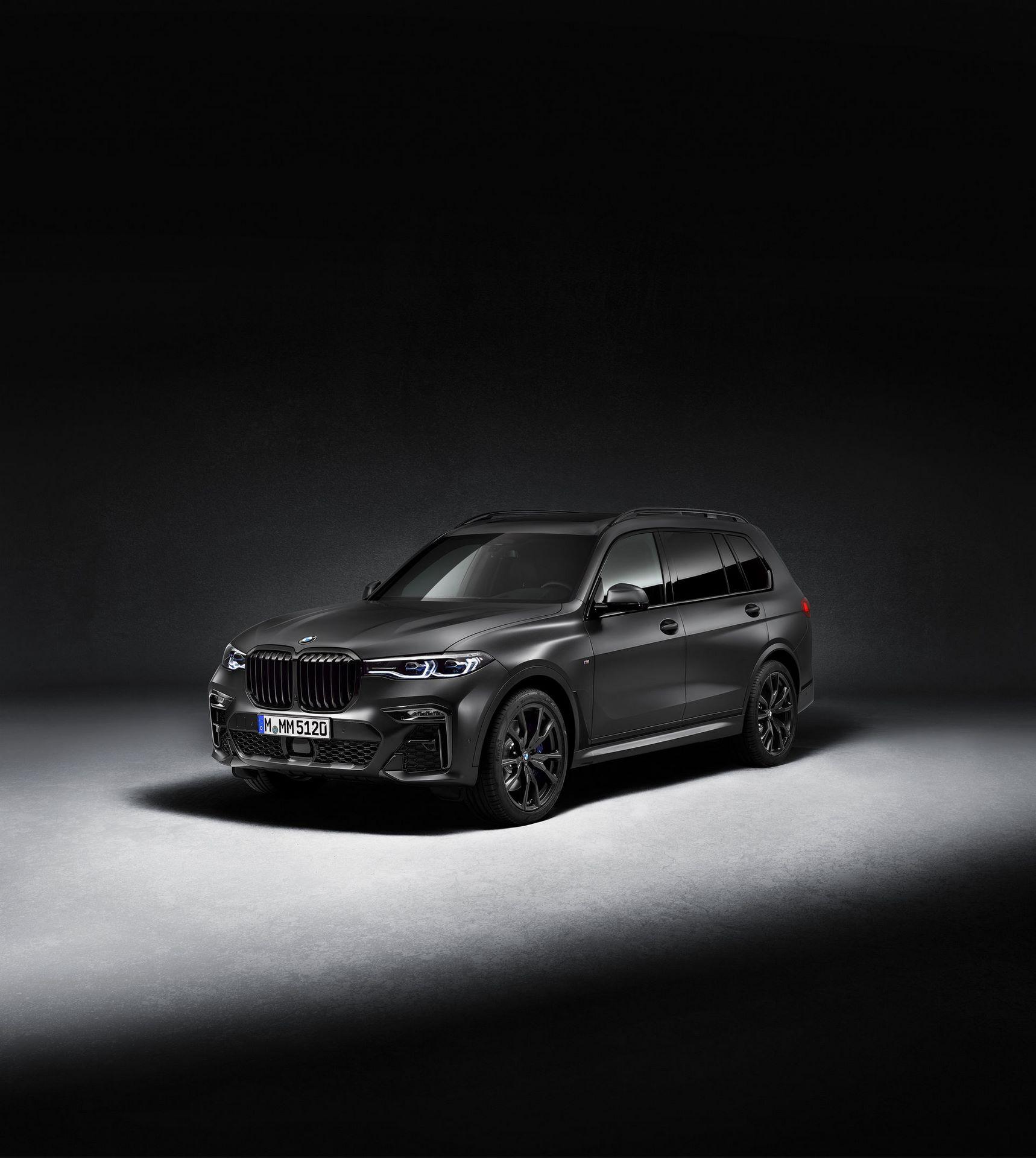 BMW-X7-Dark-Shadow-Edition-8