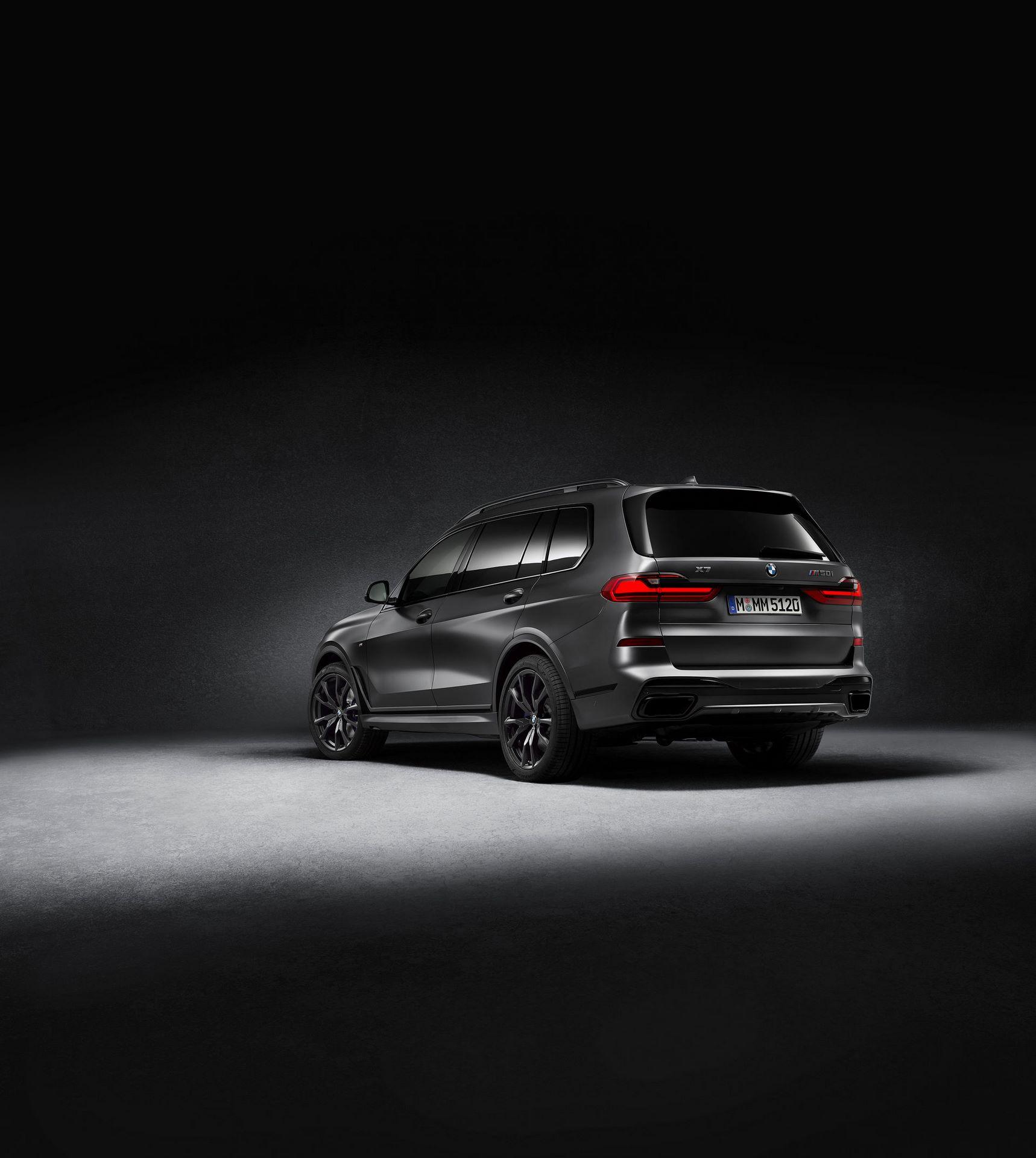 BMW-X7-Dark-Shadow-Edition-9