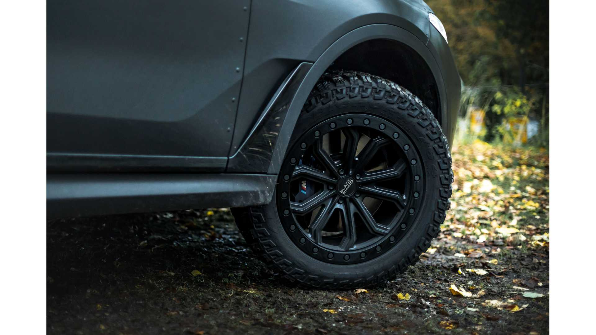 BMW-X7-Dirt-Edition-By-Manhart-10