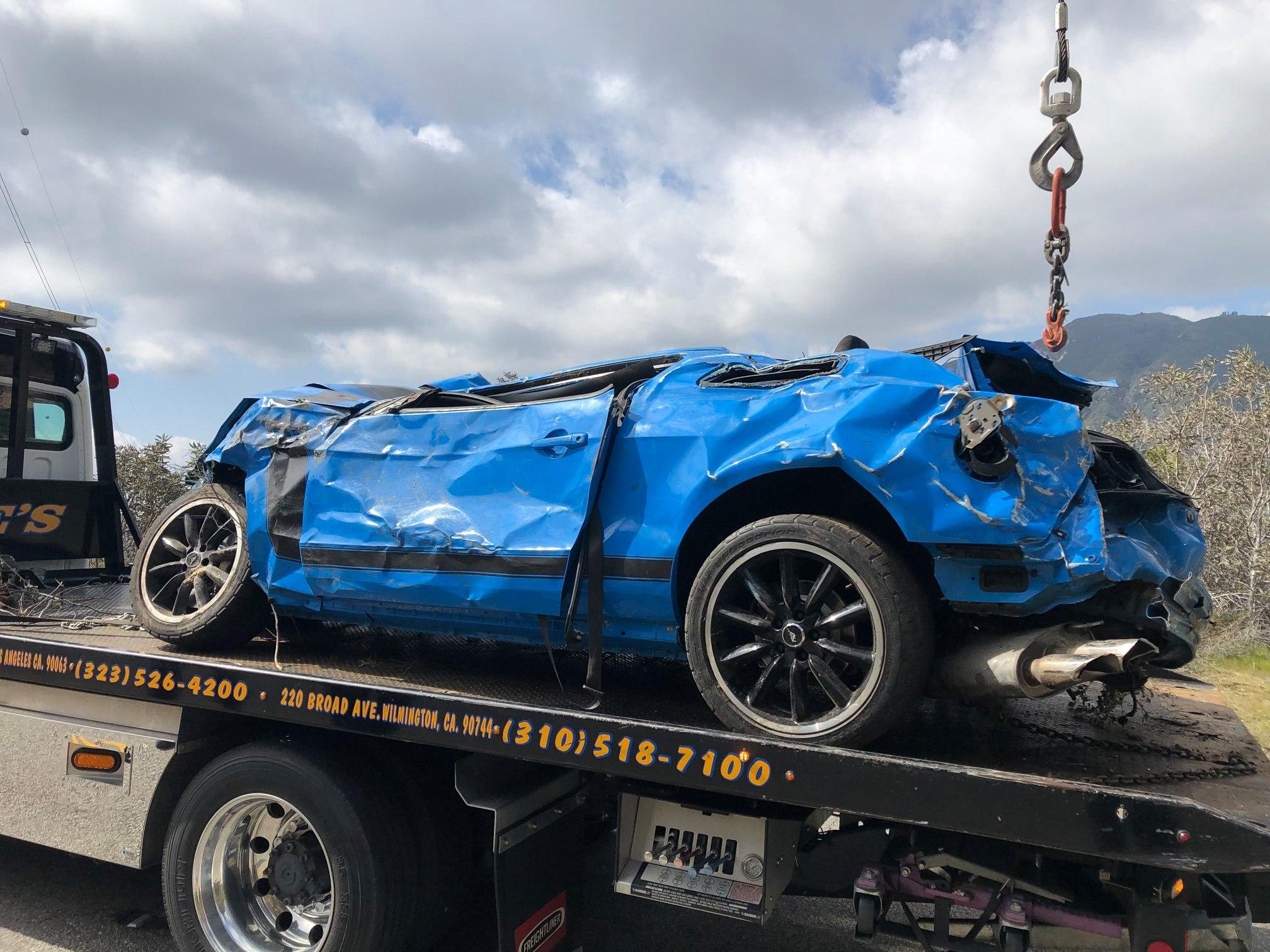 Ford-Mustang-Boss-302-crash-1