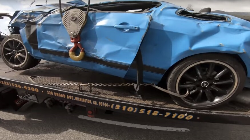 Ford-Mustang-Boss-302-crash-7