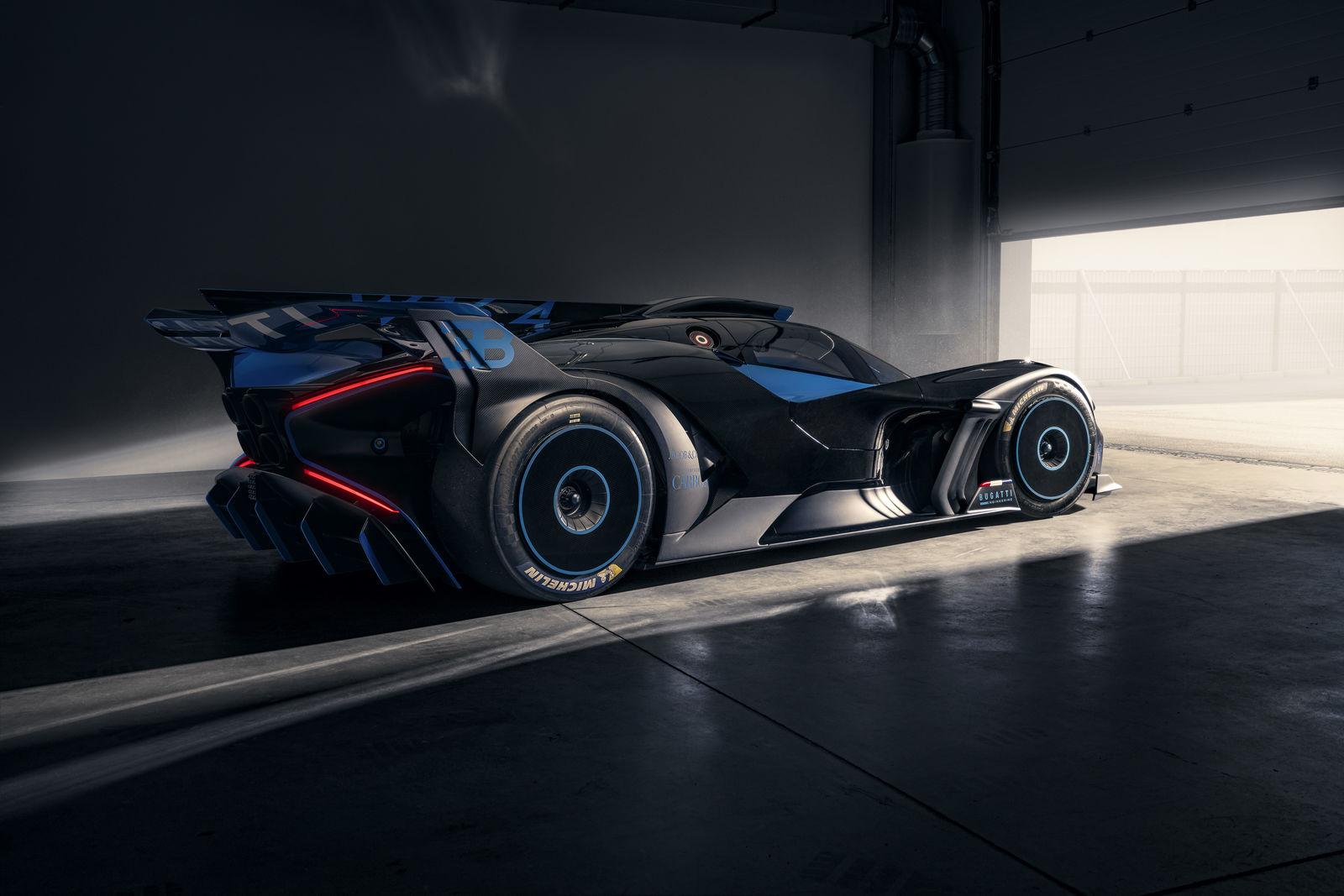 Bugatti-Bolide-concept-photos-10