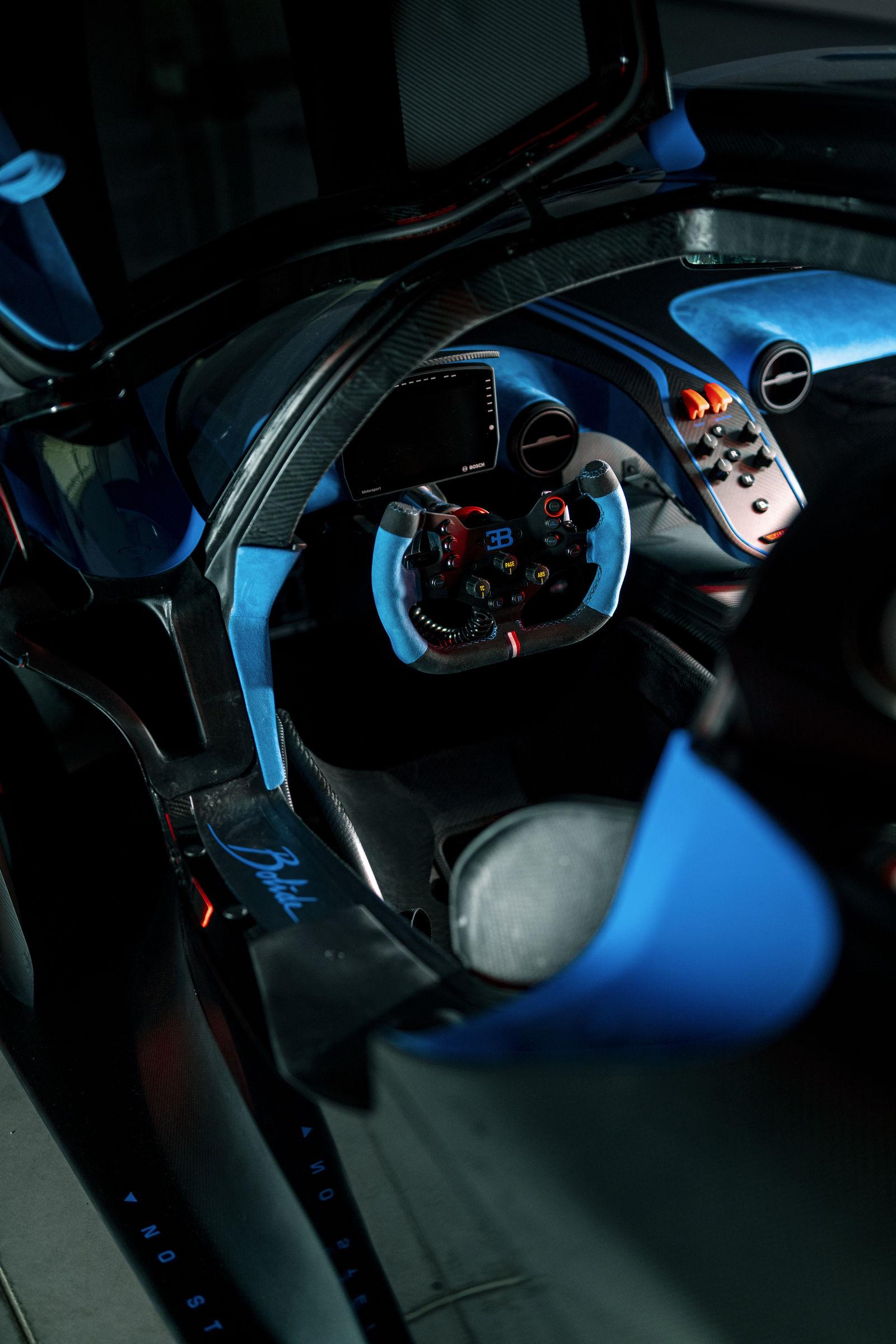 Bugatti-Bolide-concept-photos-19