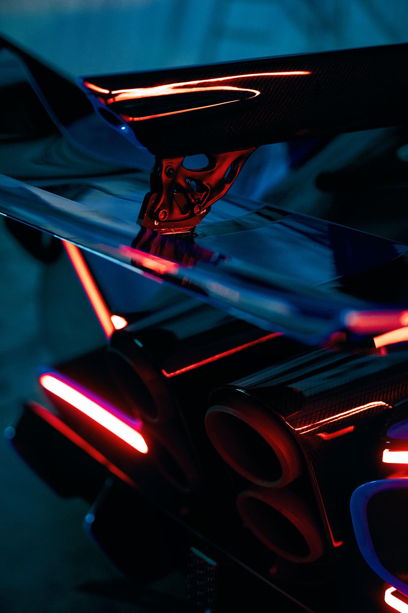 Bugatti-Bolide-concept-photos-20