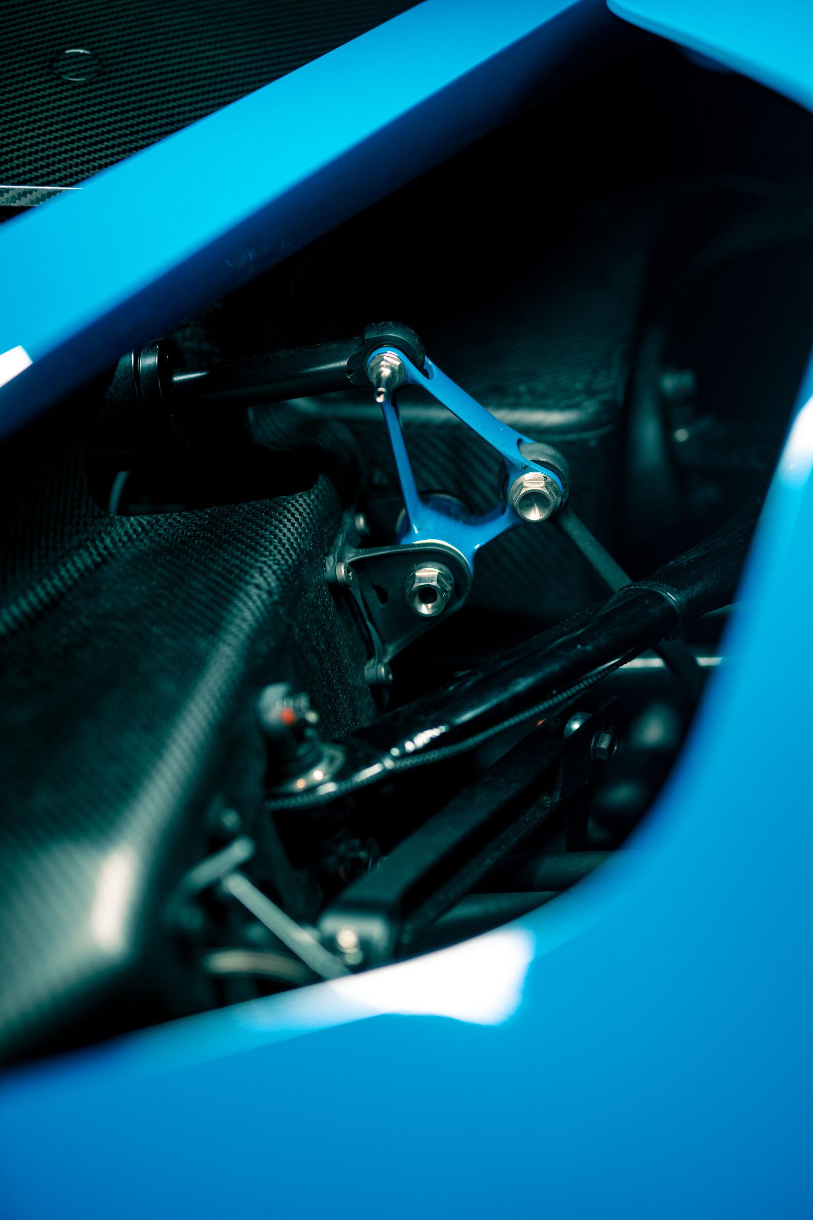 Bugatti-Bolide-concept-photos-22