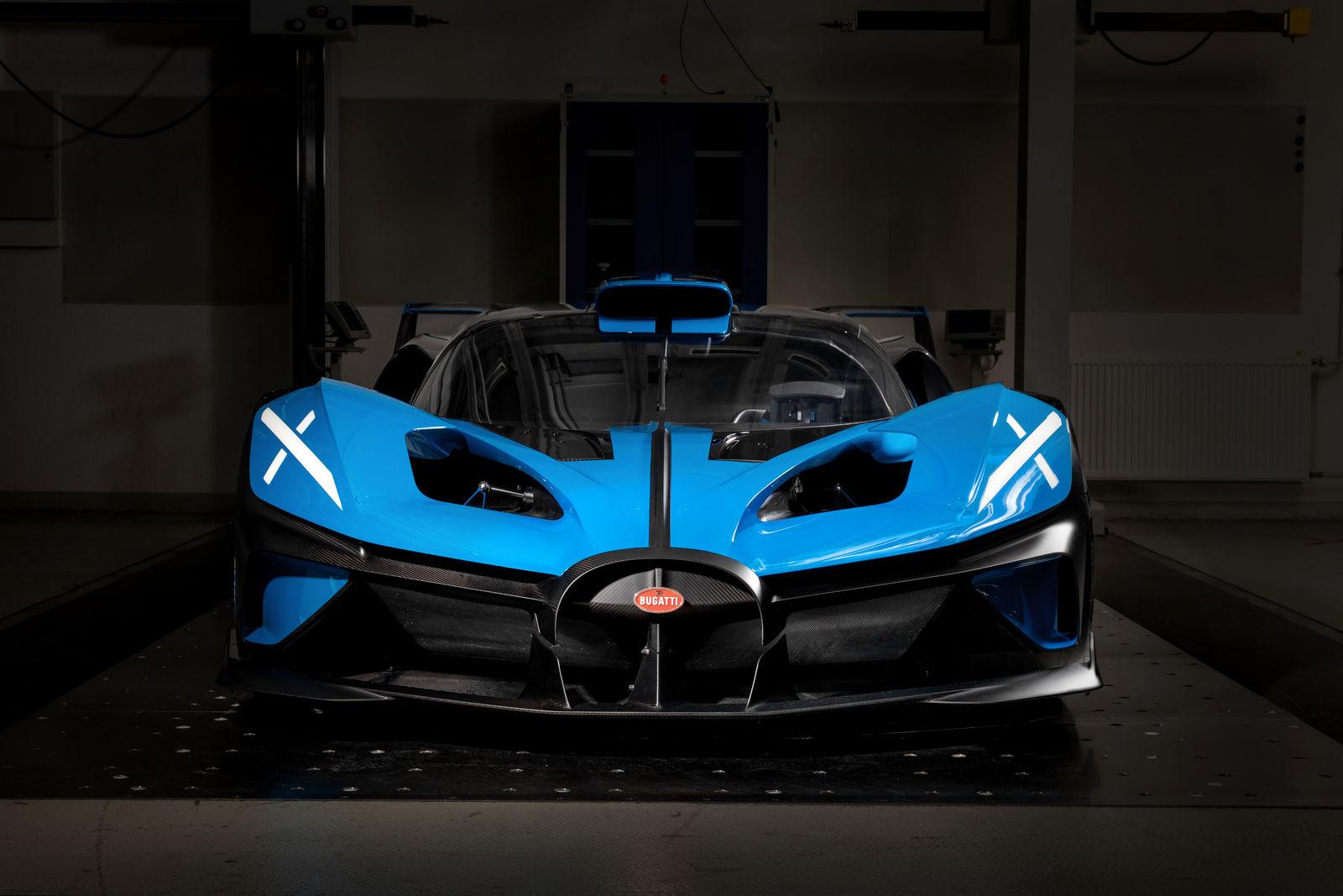 Bugatti-Bolide-concept-photos-27