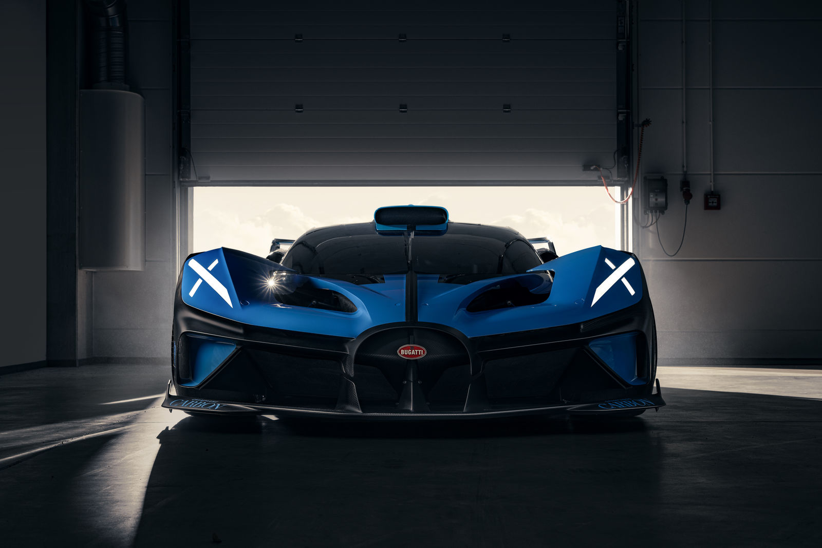 Bugatti-Bolide-concept-photos-4