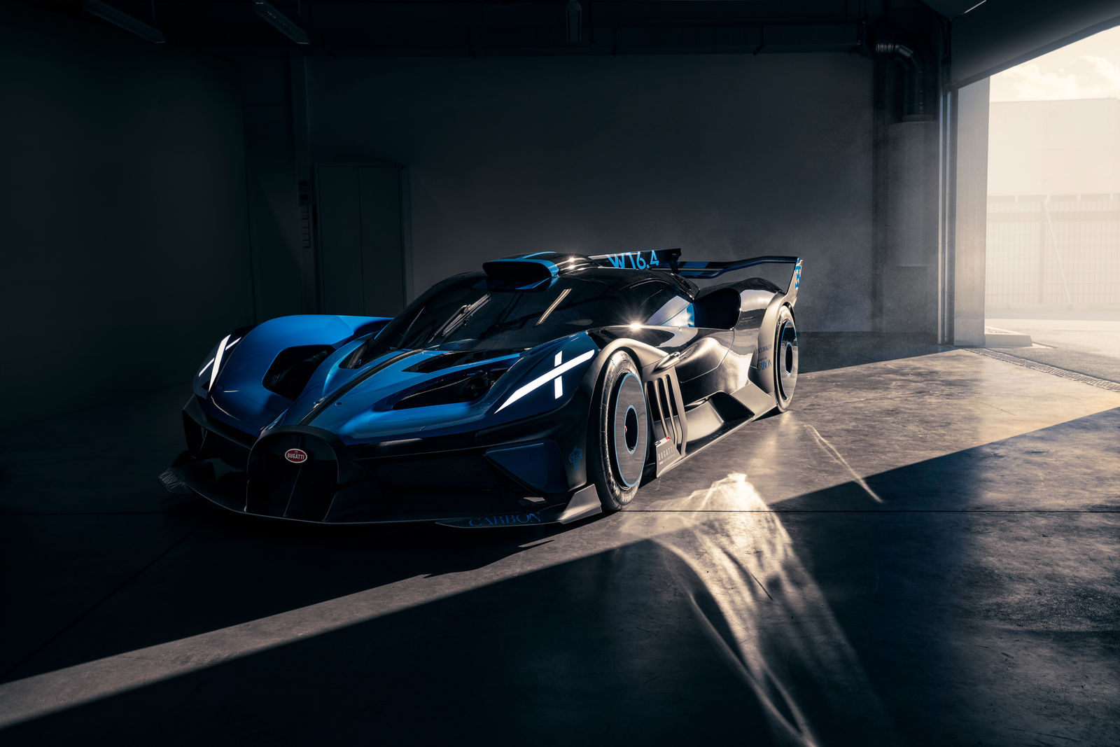 Bugatti-Bolide-concept-photos-7