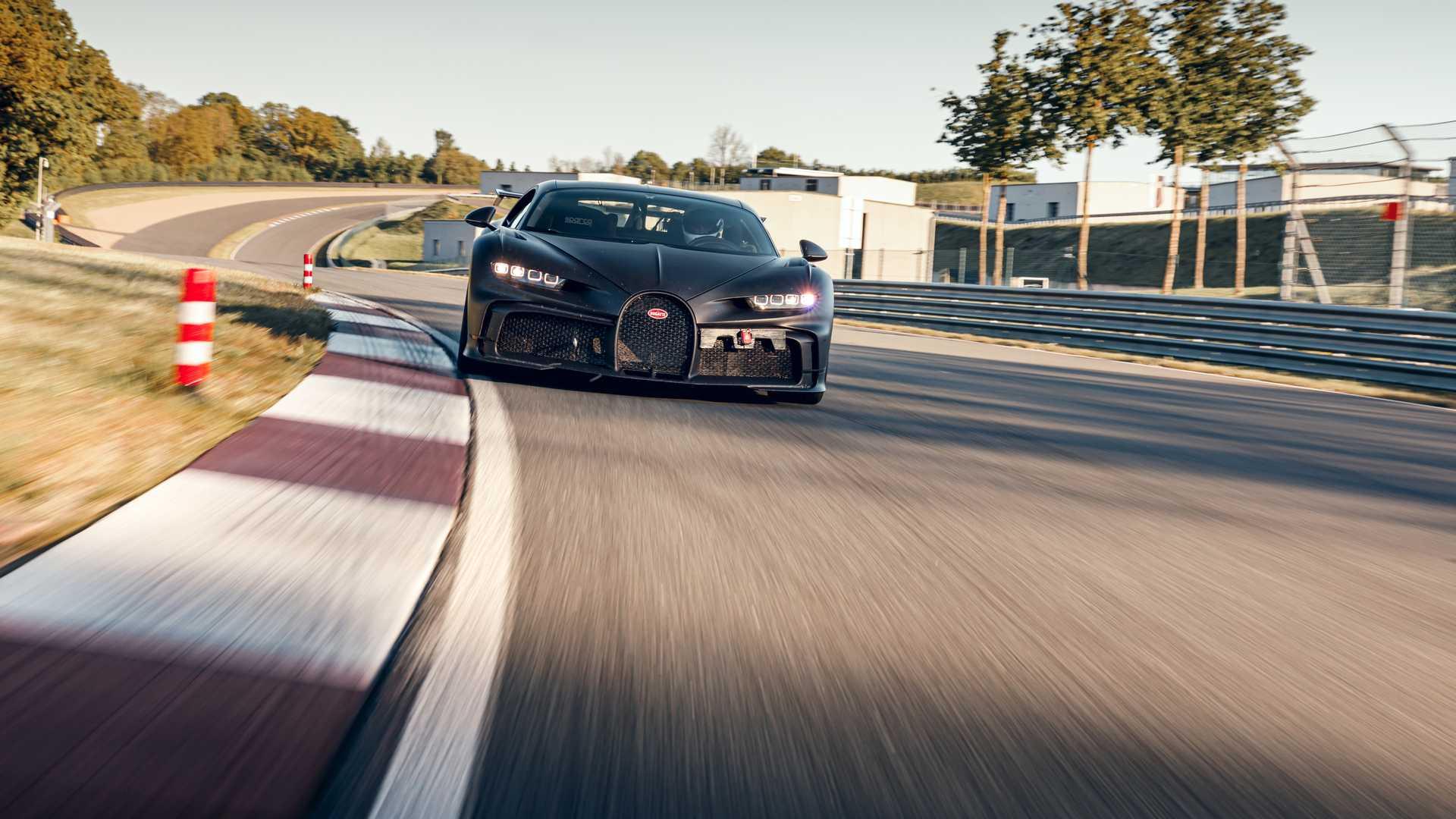 Bugatti_Chiron_Pur_Sport_Bilster_Berg_0000