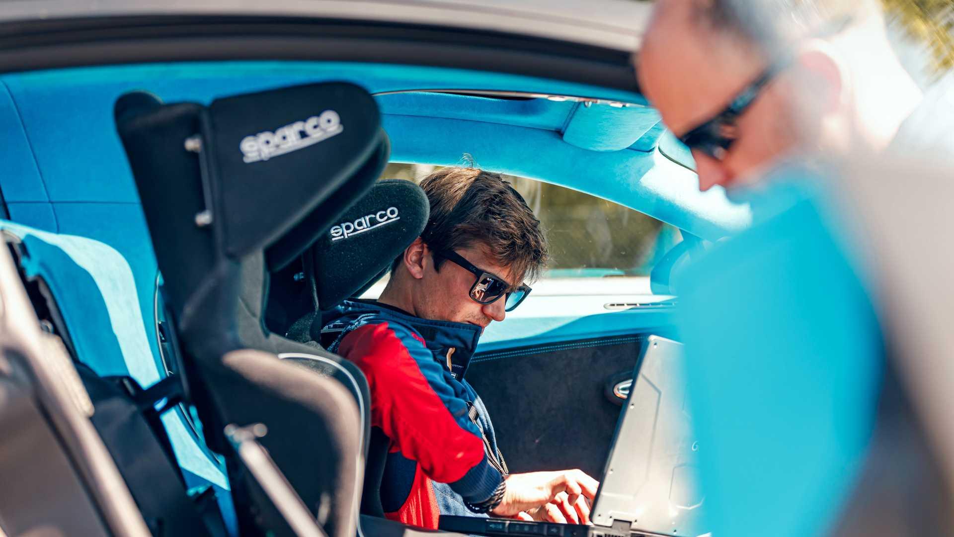 Bugatti_Chiron_Pur_Sport_Bilster_Berg_0024
