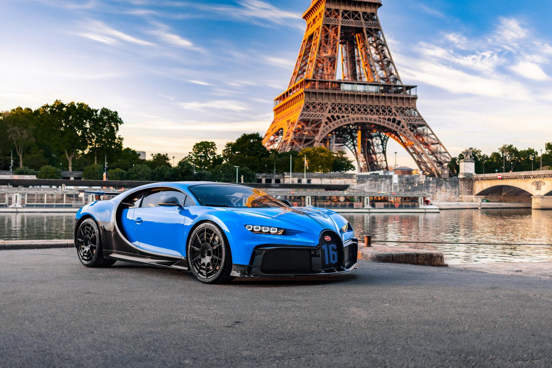Bugatti_Chiron_Pur_Sport_road_trip_0000