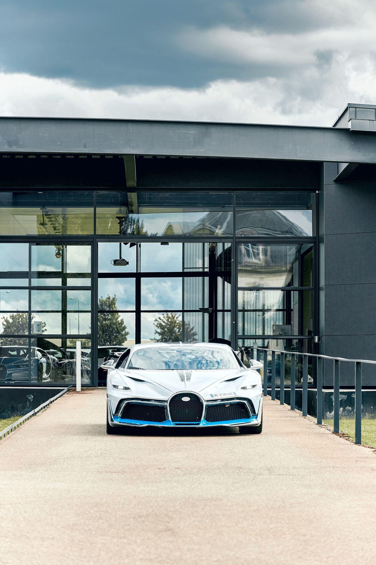 Bugatti_Divo_predelivery_0000