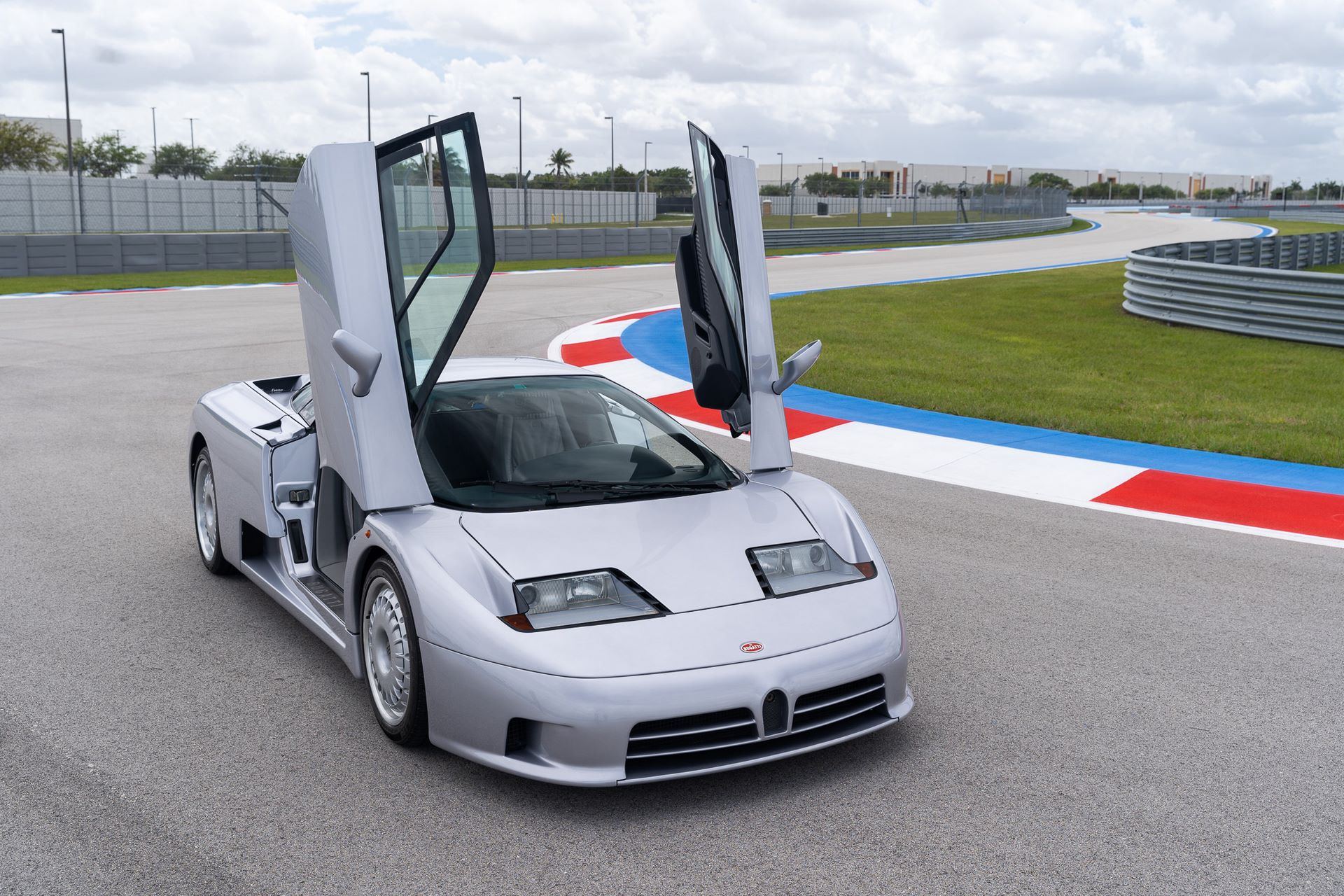 Bugatti-EB110-GT-demo-car-for-sale-1