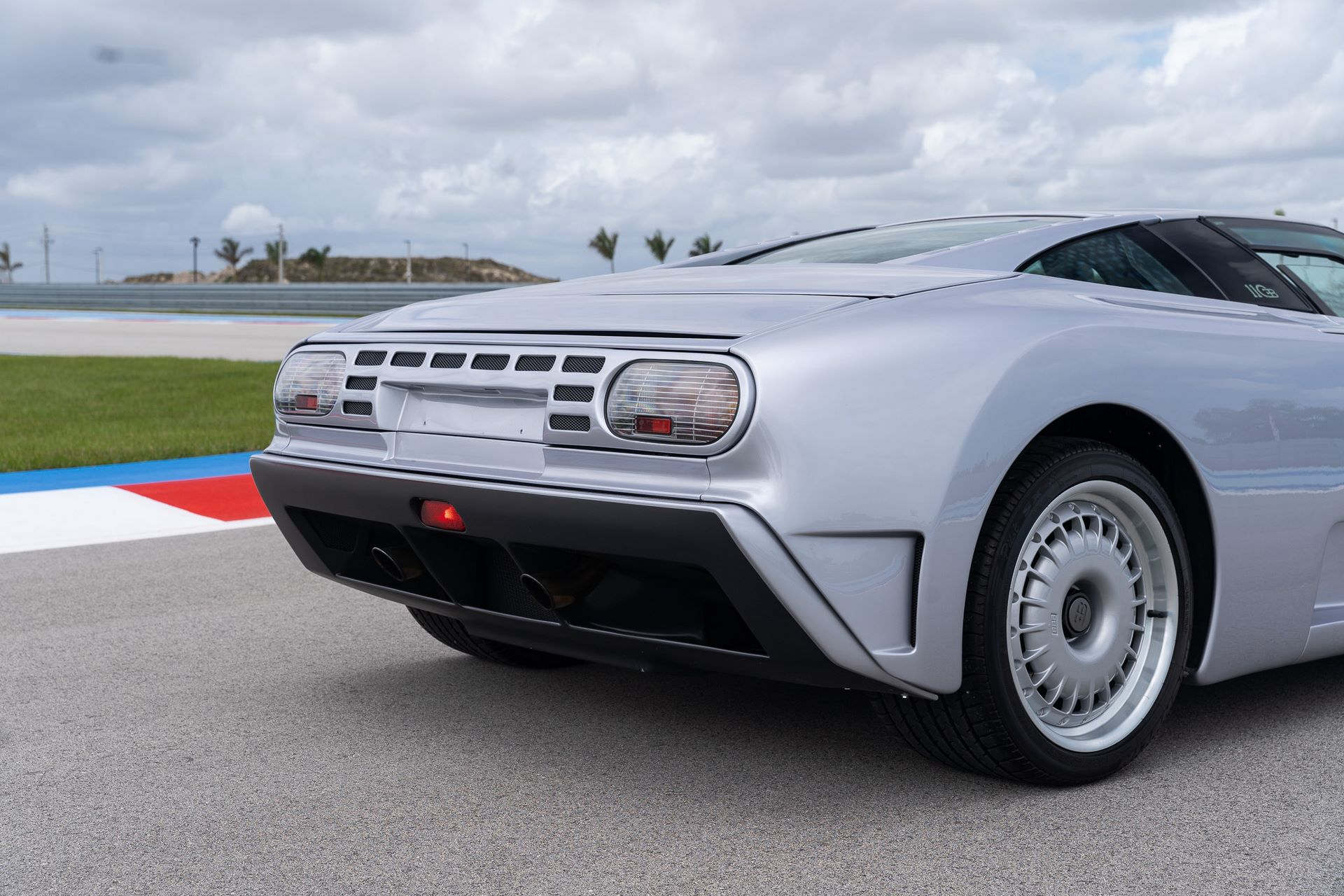 Bugatti-EB110-GT-demo-car-for-sale-4