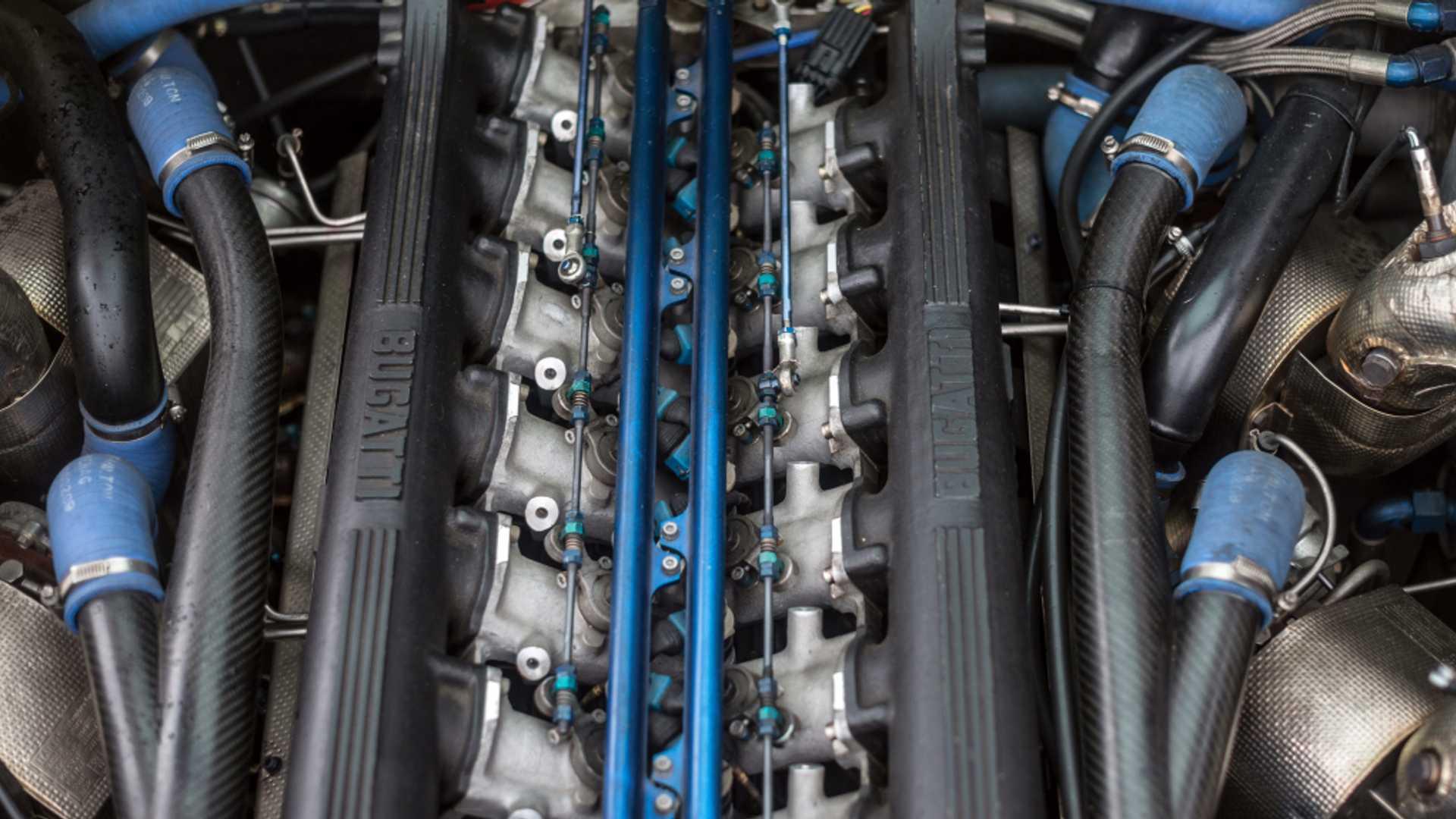 Bugatti_EB110_SS_sale_0010