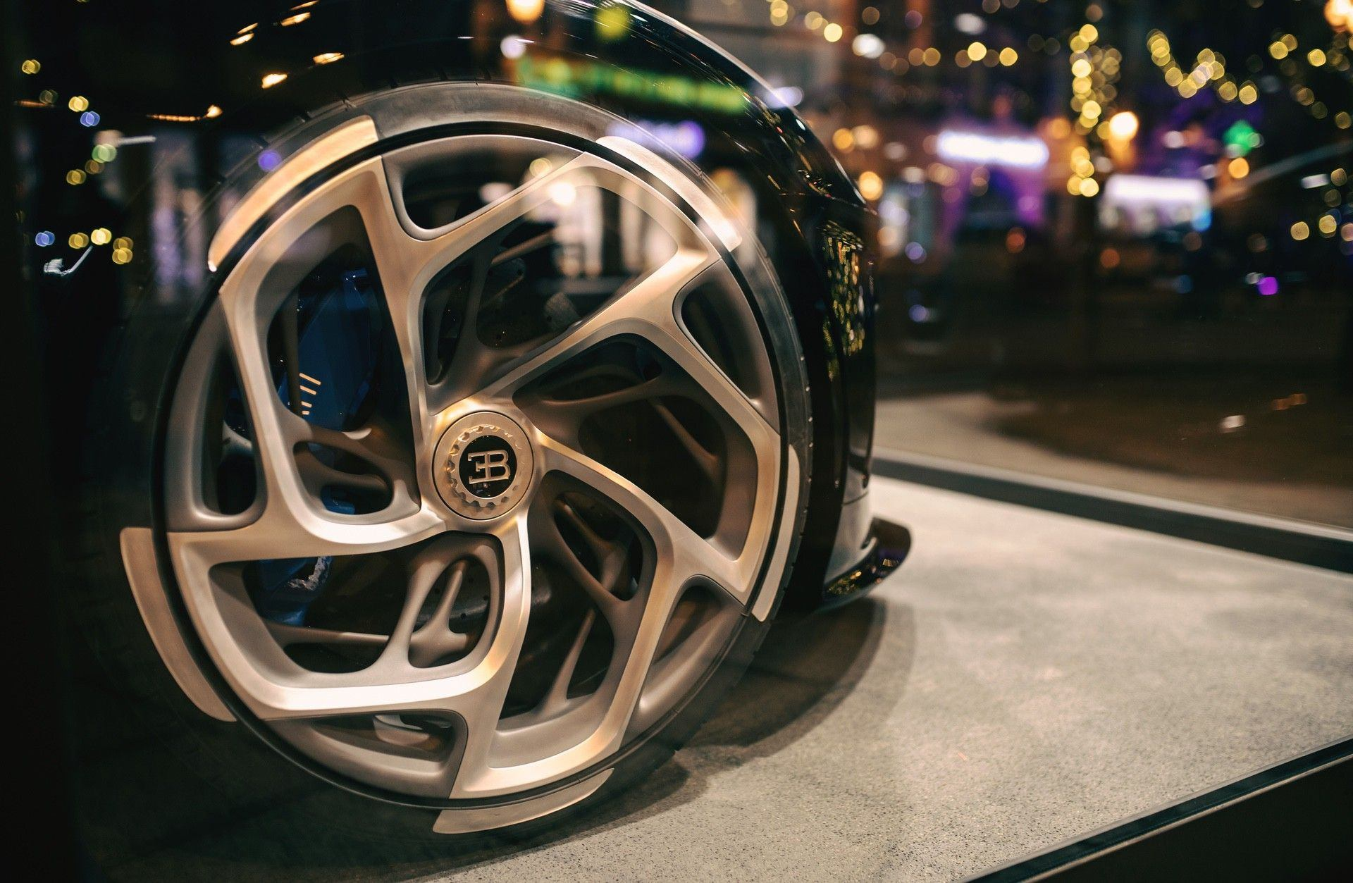 Bugatti_La_Car_Noire_Molsheim_0003