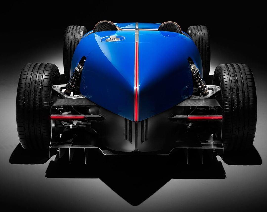 Bugatti-Type-35-D-by-Uedelhoven-Studios-3