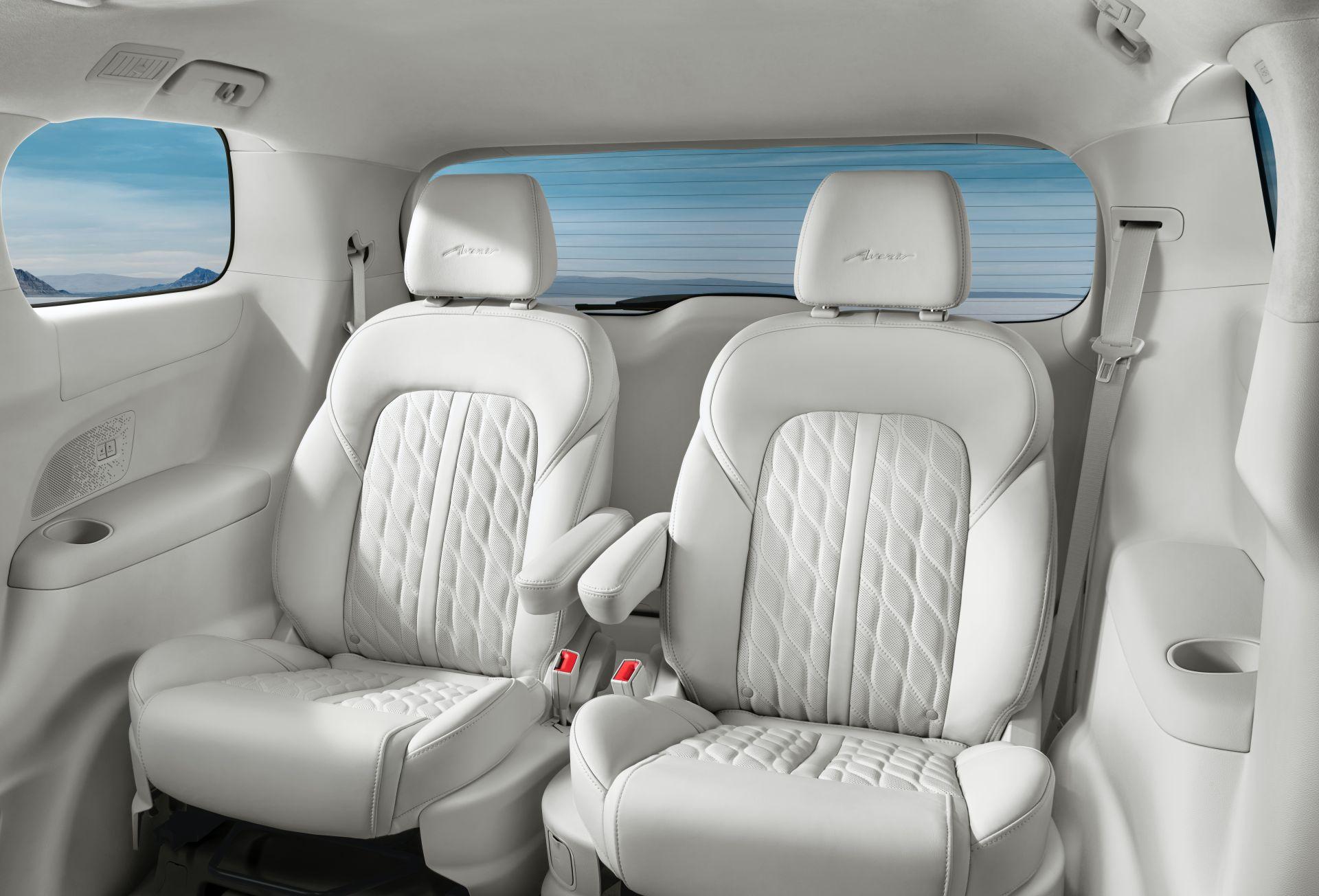 2020-Buick-GL8-Avenir-China-spec-16