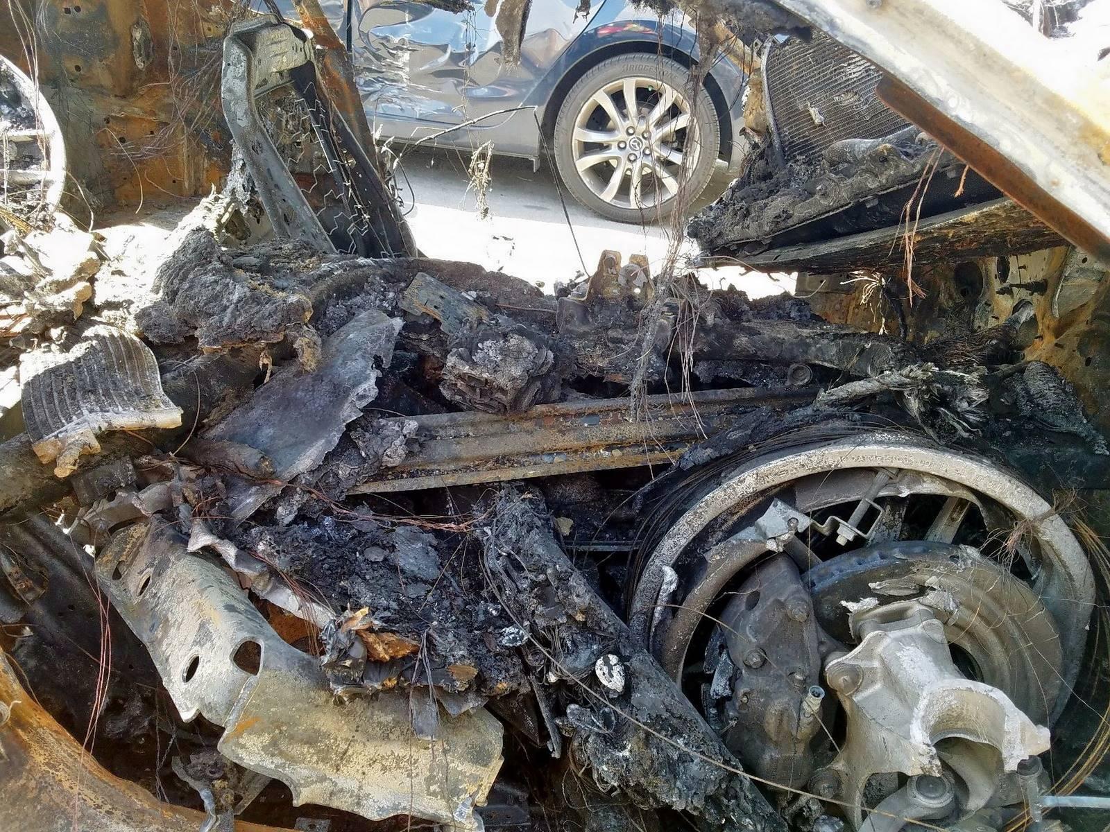 Burned-Toyota-Supra-for-sale-2