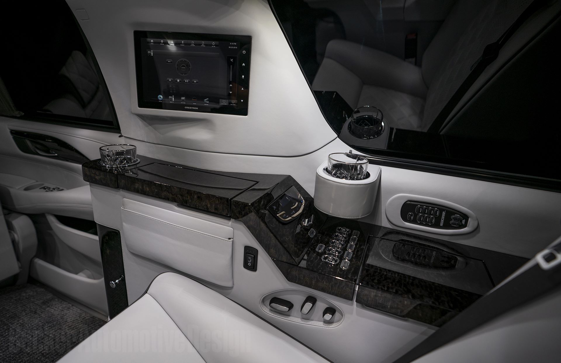Cadillac-Escalade-ESV-Sylvester-Stallone-15