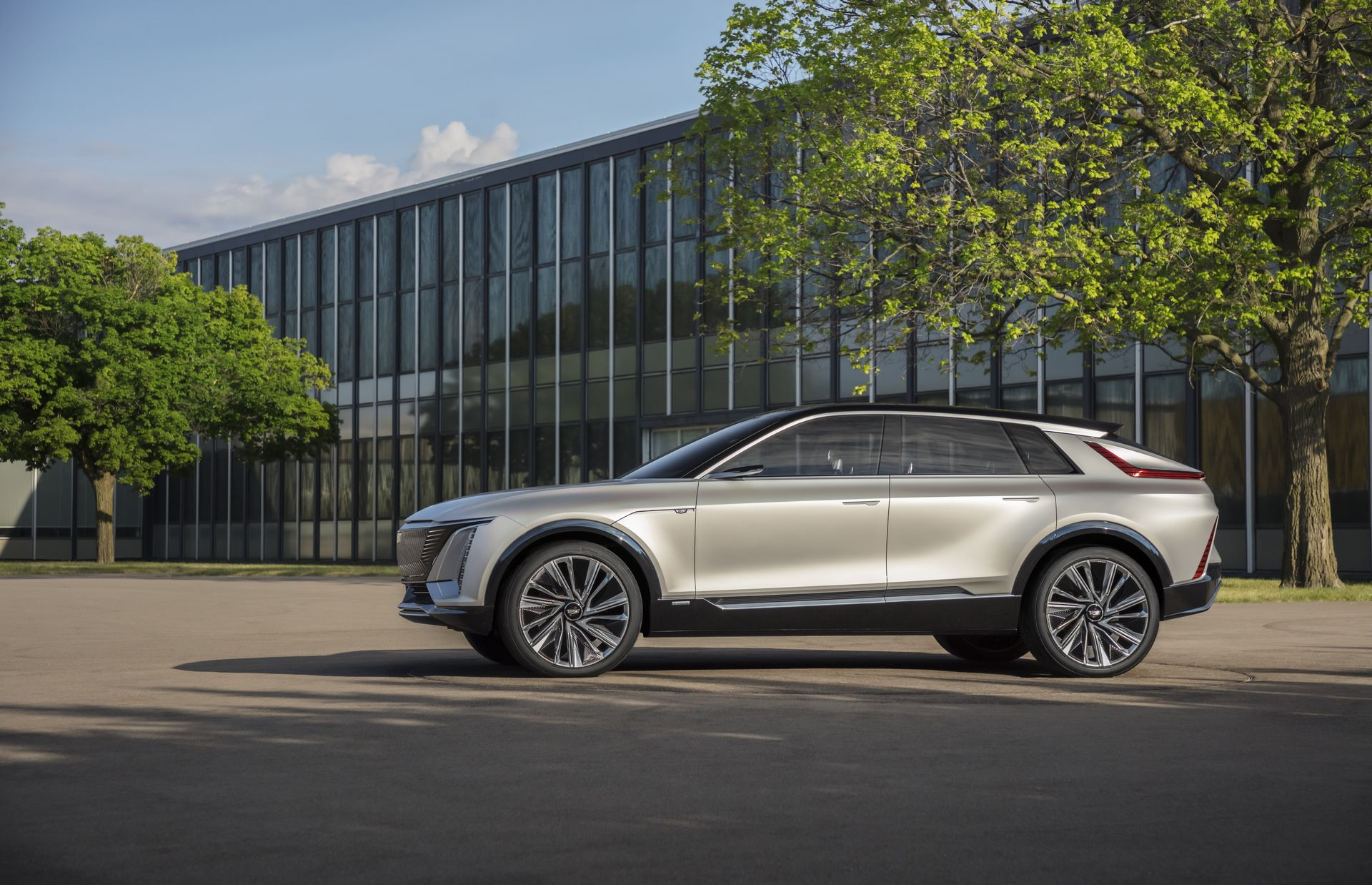 Cadillac LYRIQ pairs next-generation battery technology with a bold design statement which introduces a new face, proportion and presence for the brand's new generation of EVs. Images display show car, not for sale. Some features shown may not be available on actual production model.