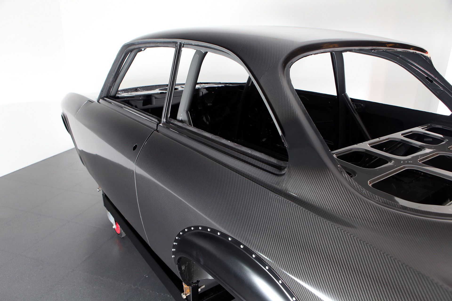 Carbon-Alfa-Romeo-Giulia-by-Alfaholics-4