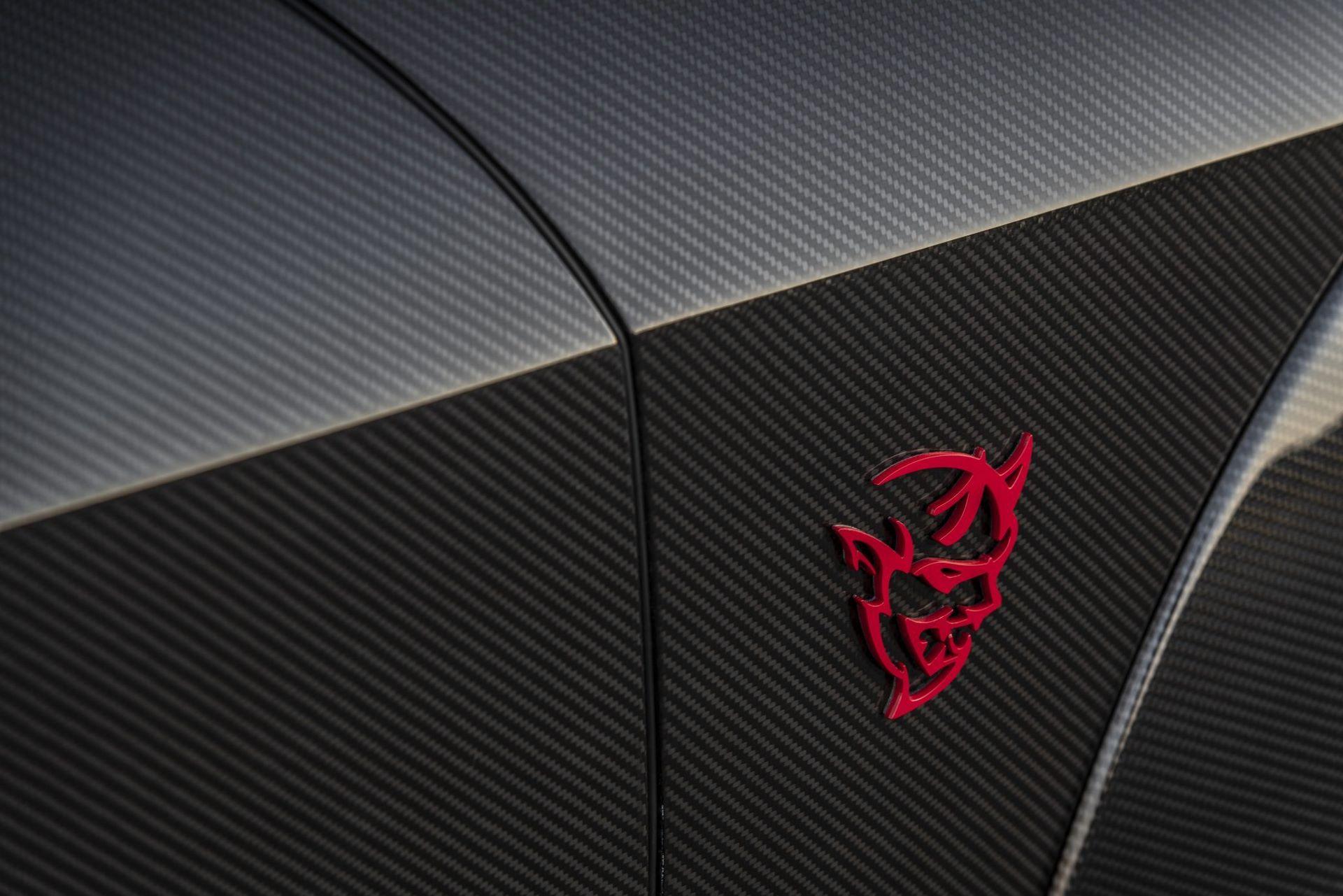 Dodge-Challenger-SRT-Demon-Carbon-by-Speedkore-12